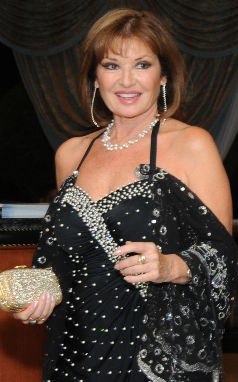 stephanie beacham facebook