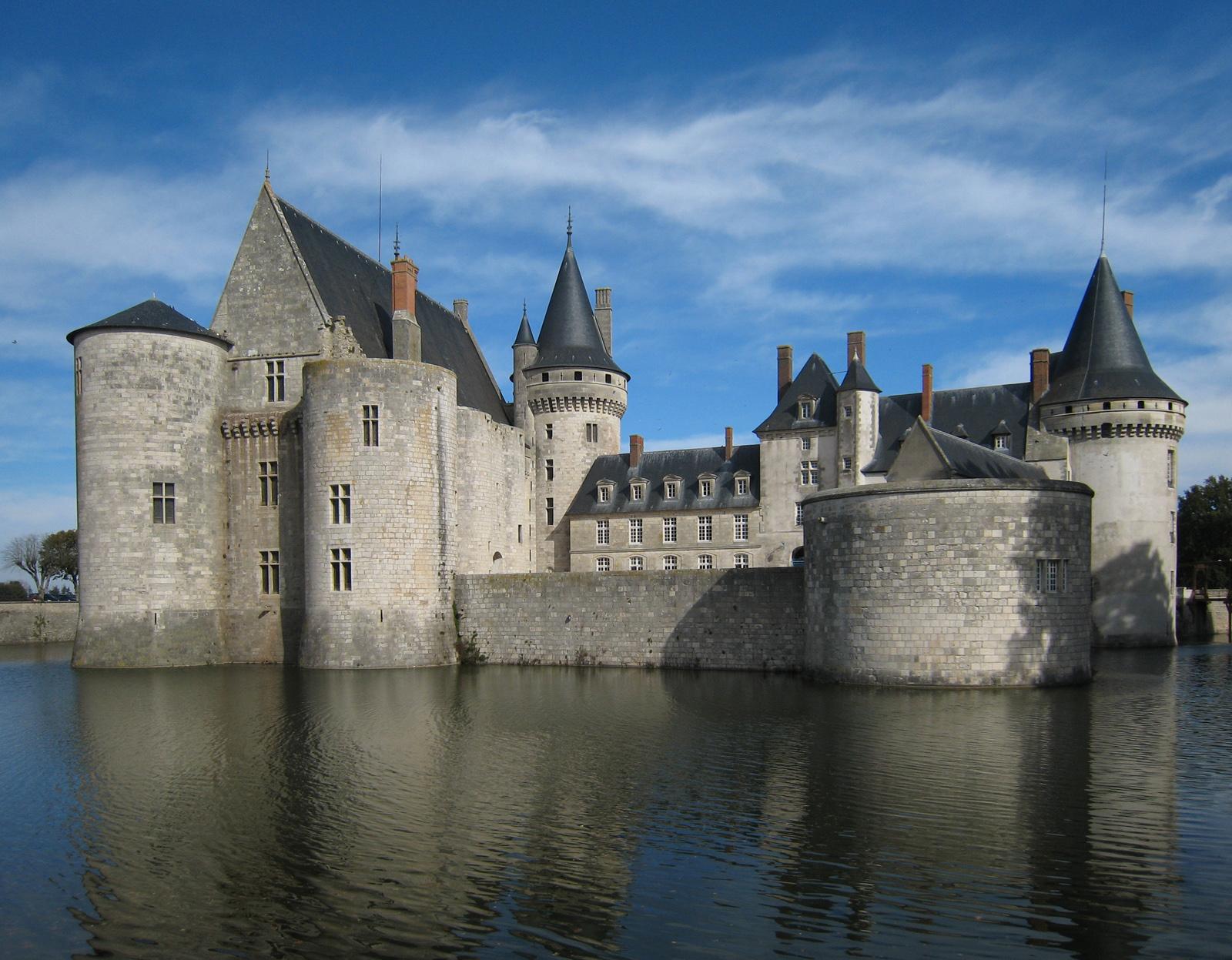 Sully sur loire ch teaux de la loire - Office du tourisme chateau de la loire ...