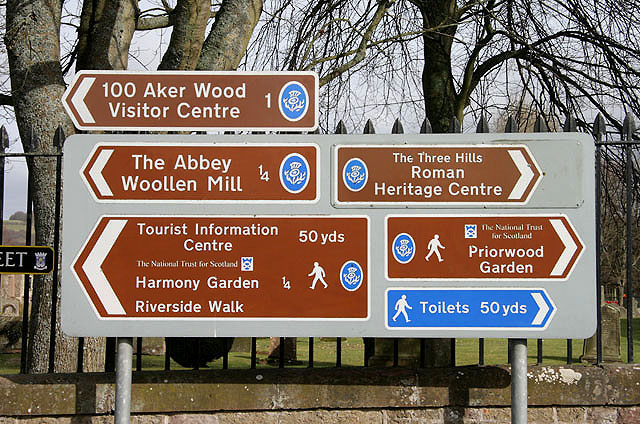 File:Tourist information signs in Melrose - geograph.org ...