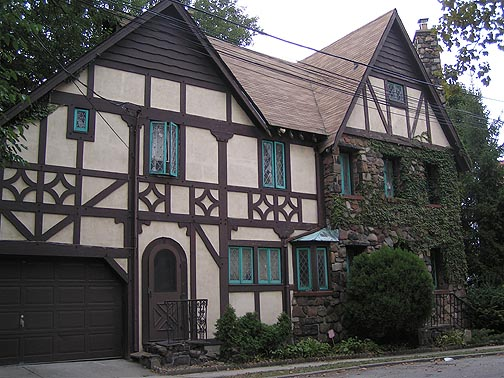 File tudor style house st george staten for Styles of homes with pictures