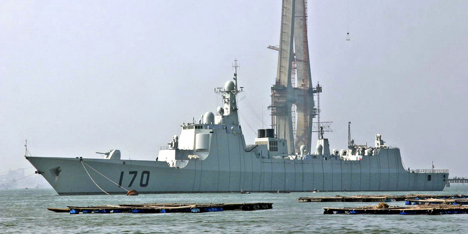 """احدث الصفقات العسكرية البحرية للدول العربية """" موضوع مجمع """" - صفحة 2 Type_052C_destroyer"""