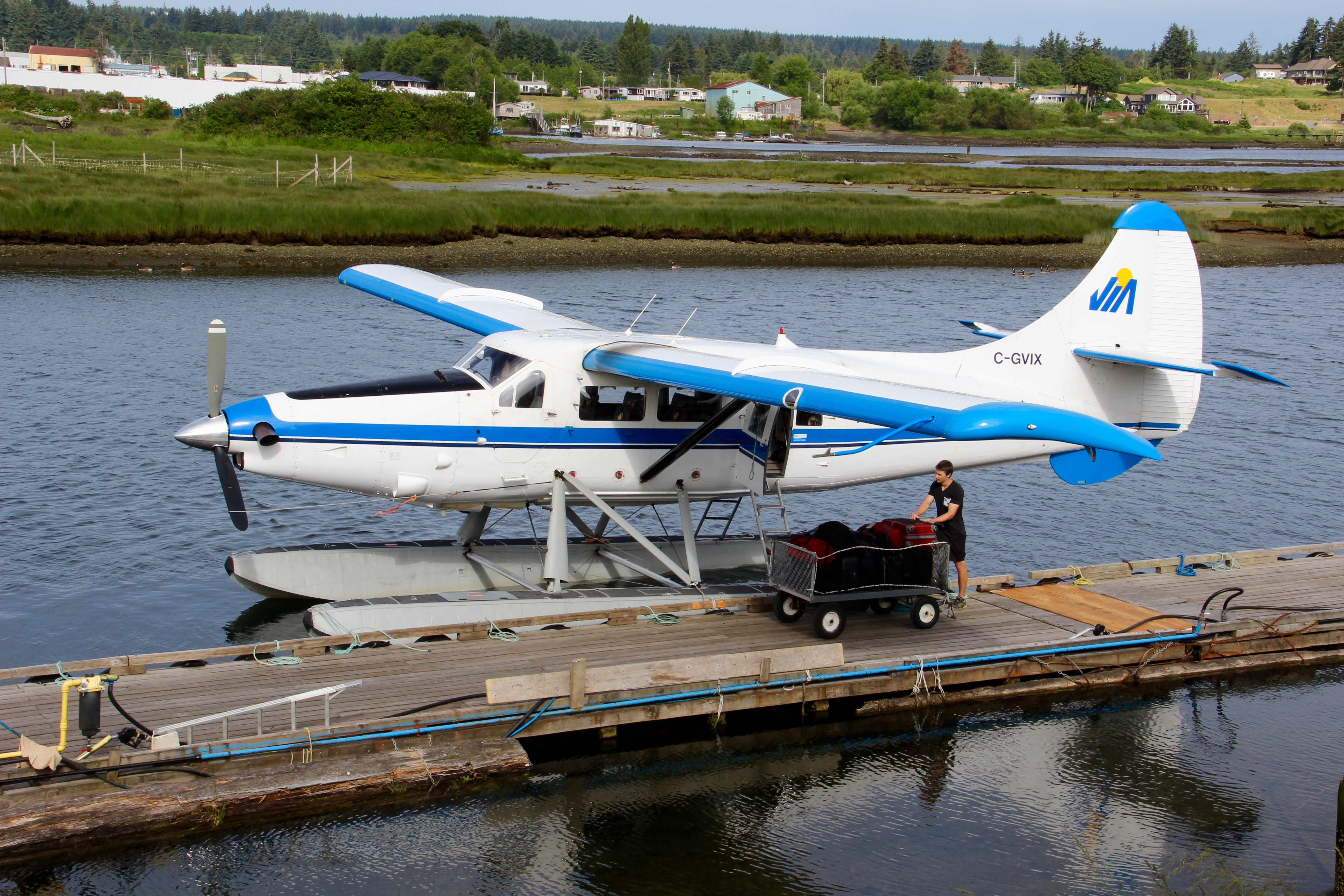 File:vancouver Island Air Float Plane, Campbell River, British Columbia,  Canada (