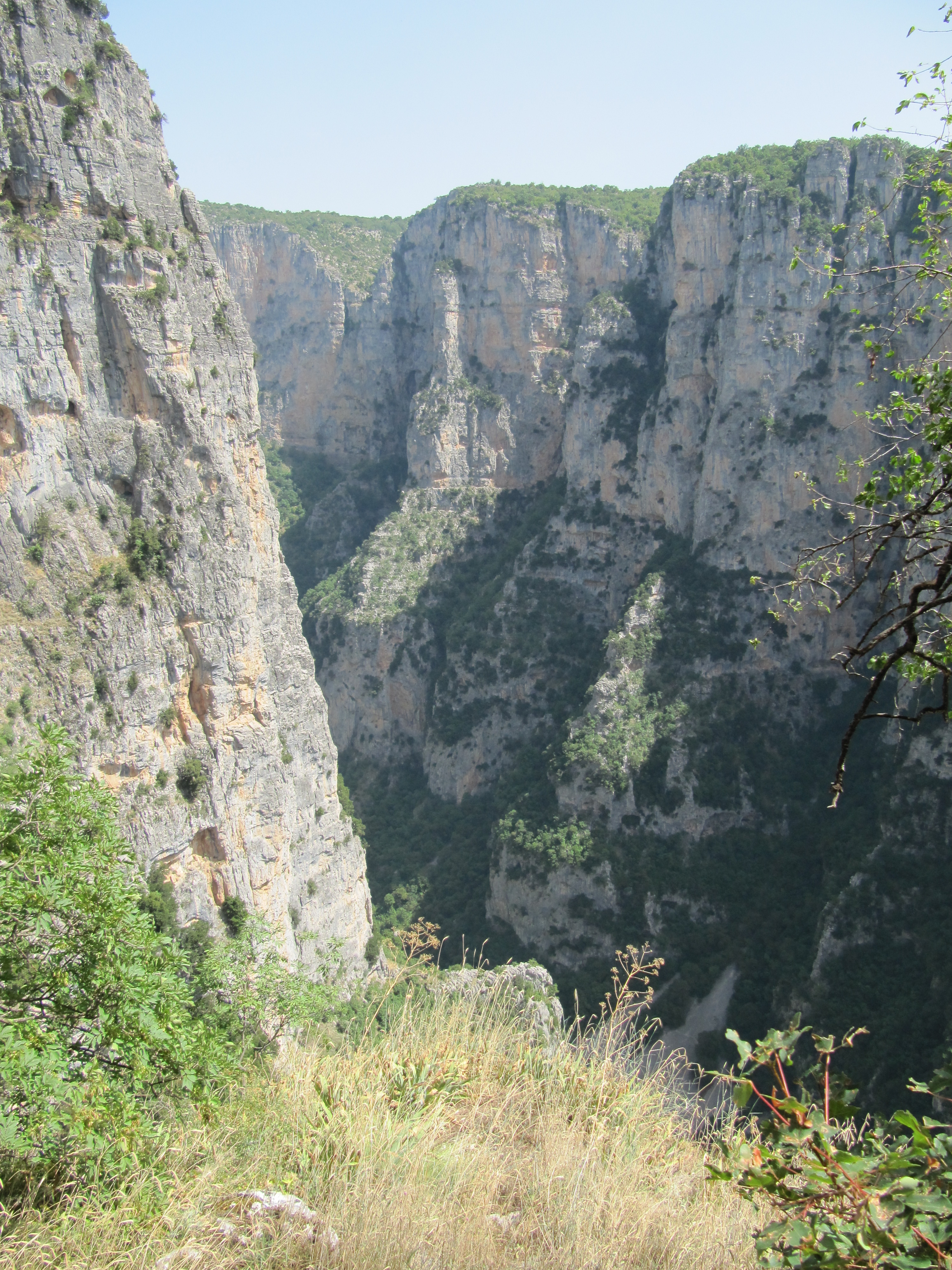File:View at Vikos Gorge from the Monastery of Saint ...