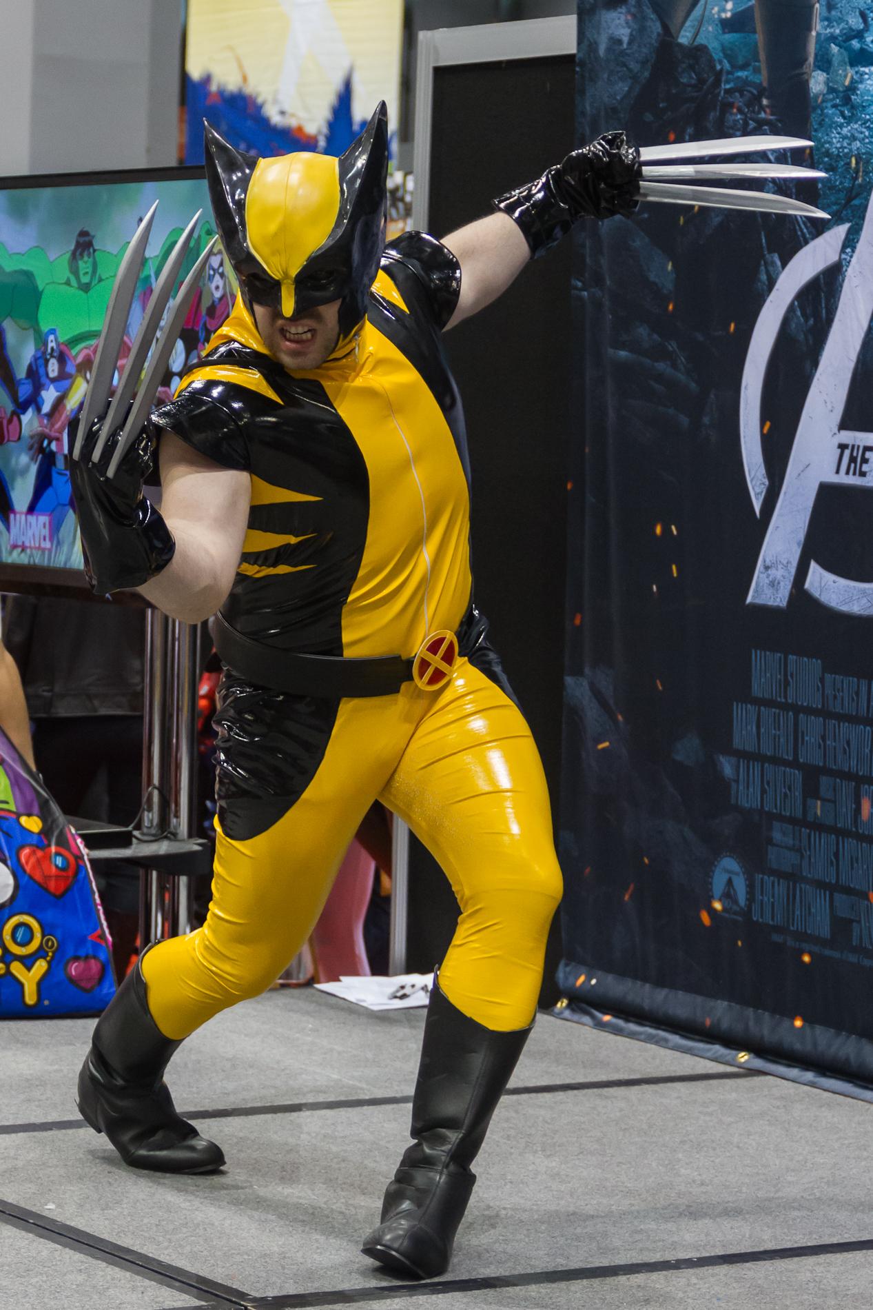 http://upload.wikimedia.org/wikipedia/commons/6/69/Wolverine_Cosplay_2.jpg