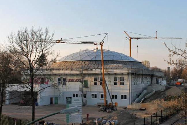 Zentralmoschee im Bau im April 2014