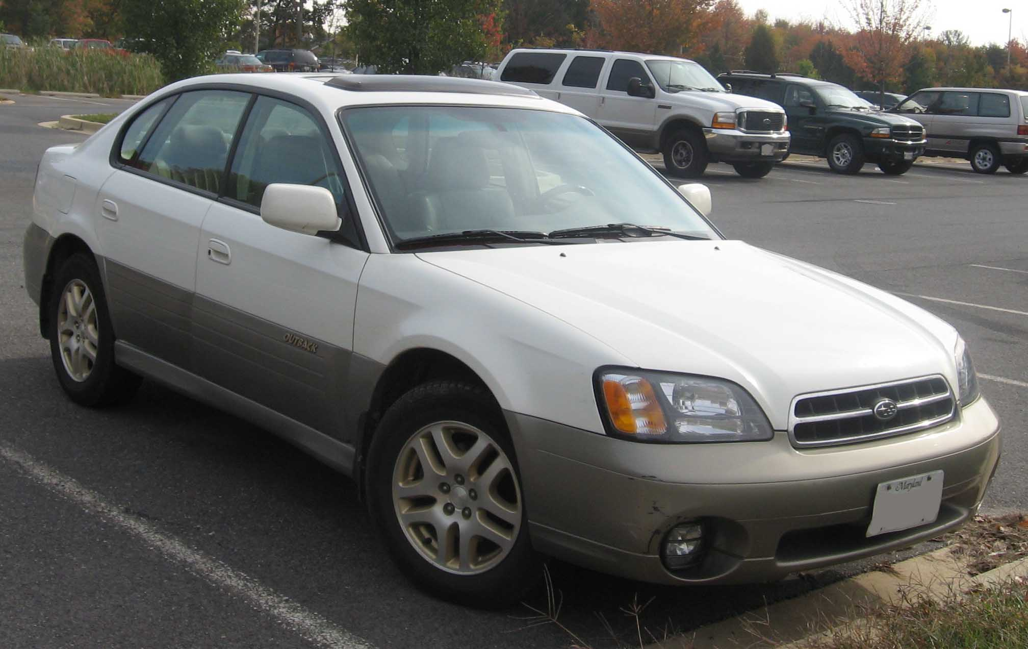 File:00-04 Subaru Outback Sedan jpg - Wikimedia Commons