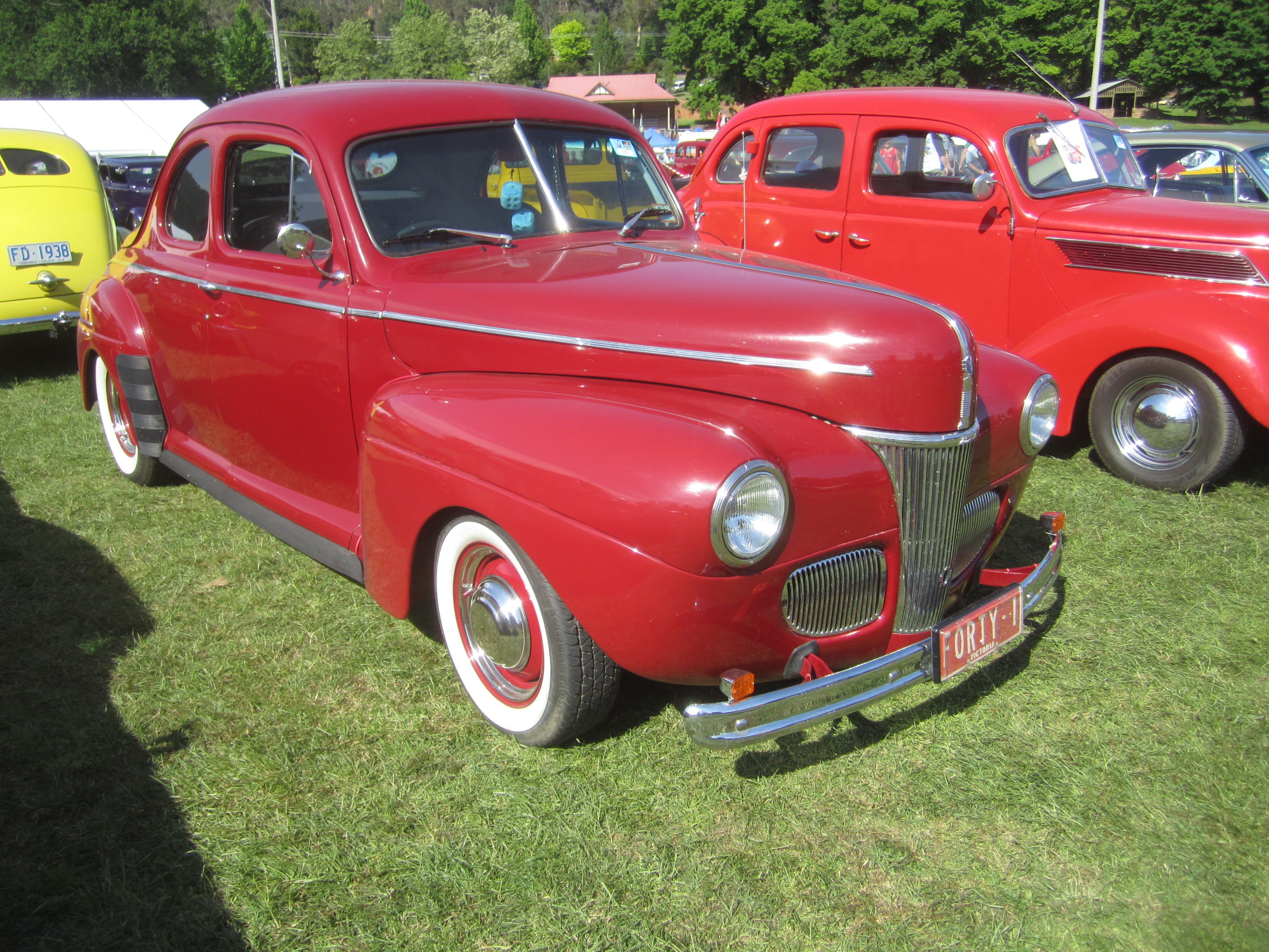 File 1941 ford deluxe coupe jpg wikimedia commons