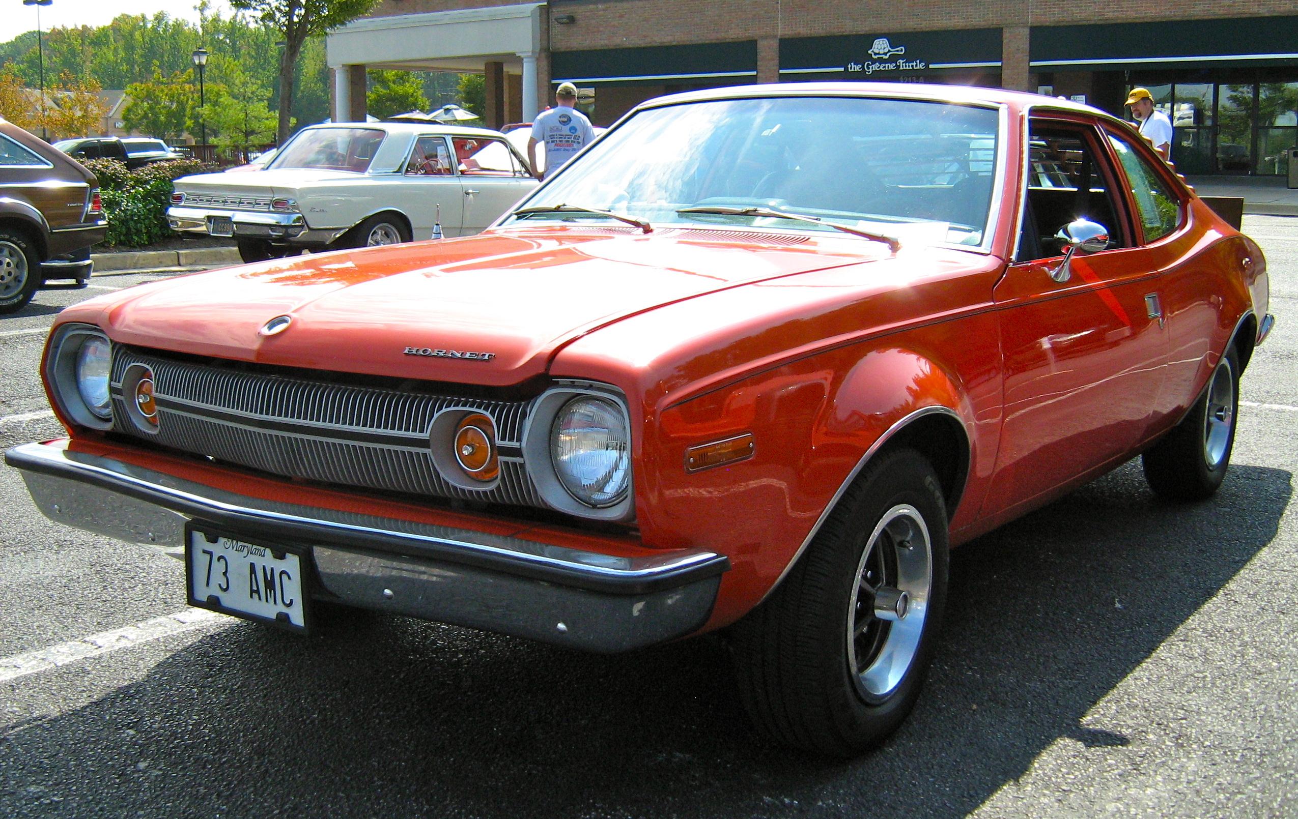 Description 1973 Hornet hatchback V8 red MD-fl.jpg