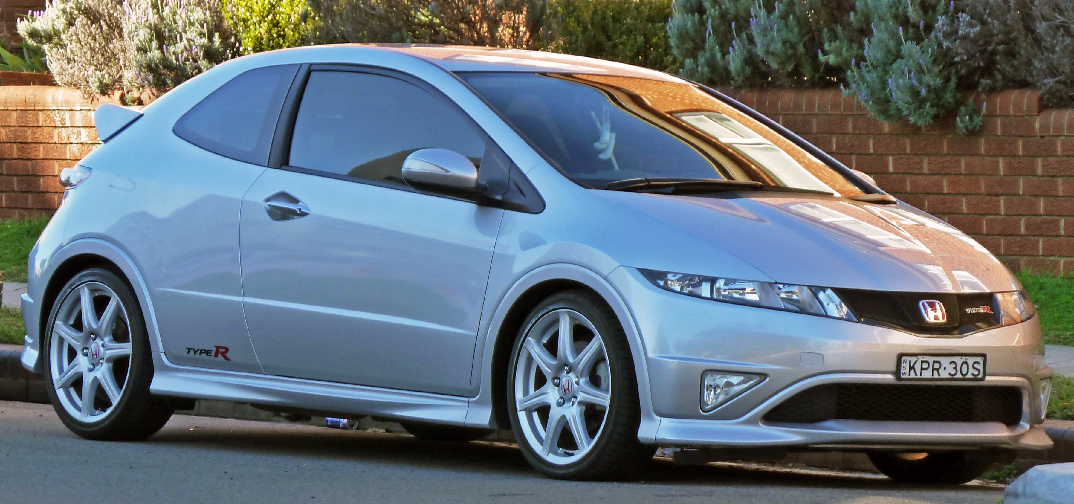 file 2007 2010 honda civic type r 3 door hatchback wikimedia commons. Black Bedroom Furniture Sets. Home Design Ideas