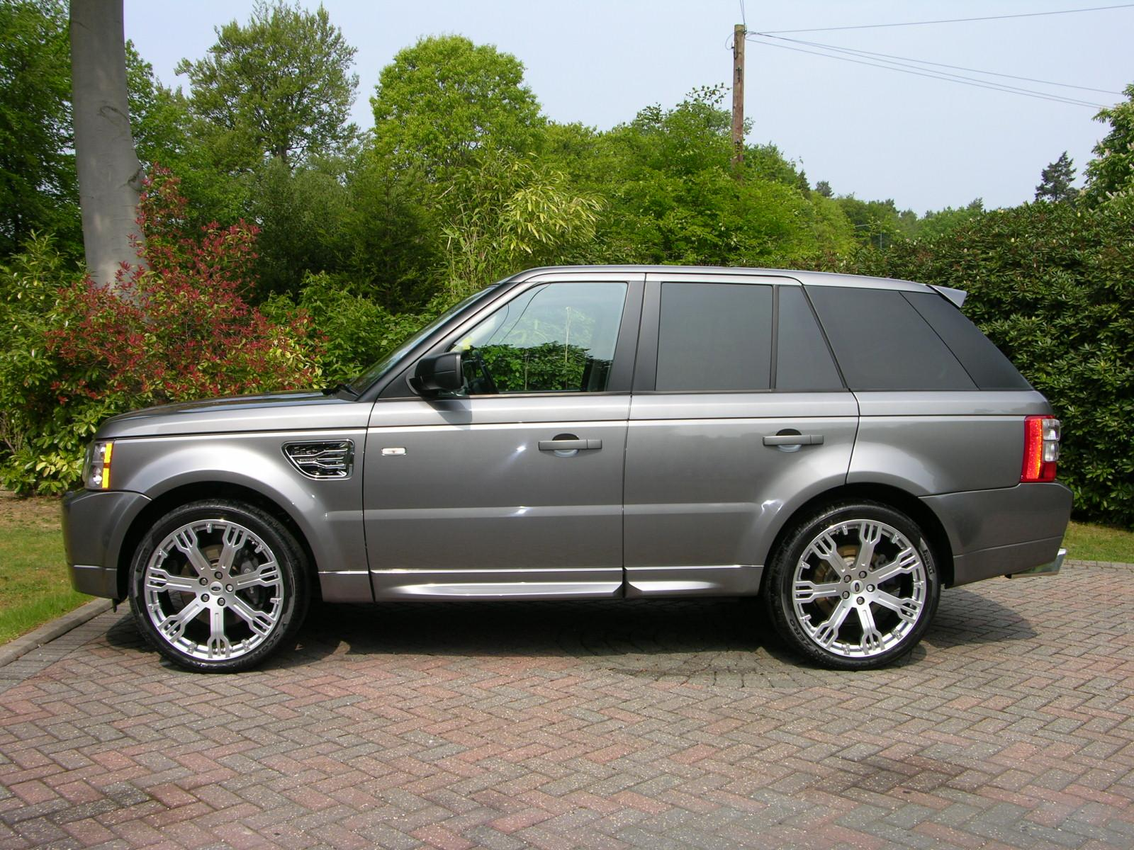 Range rover on 28s submited images