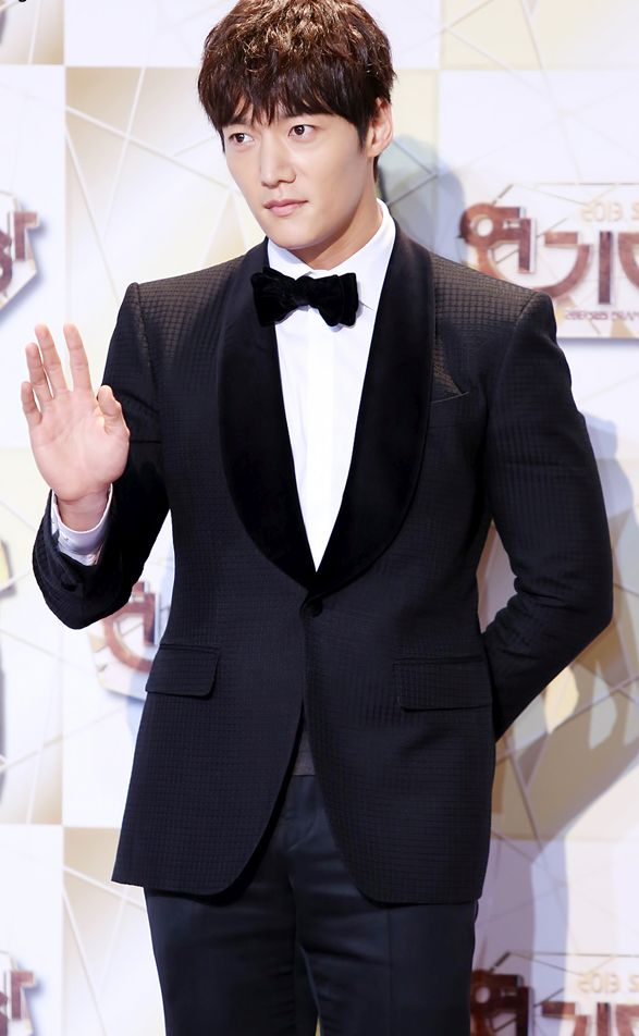 Choi jin hyuk dating 2013 gmc. ball blue book guide to preserving online dating.