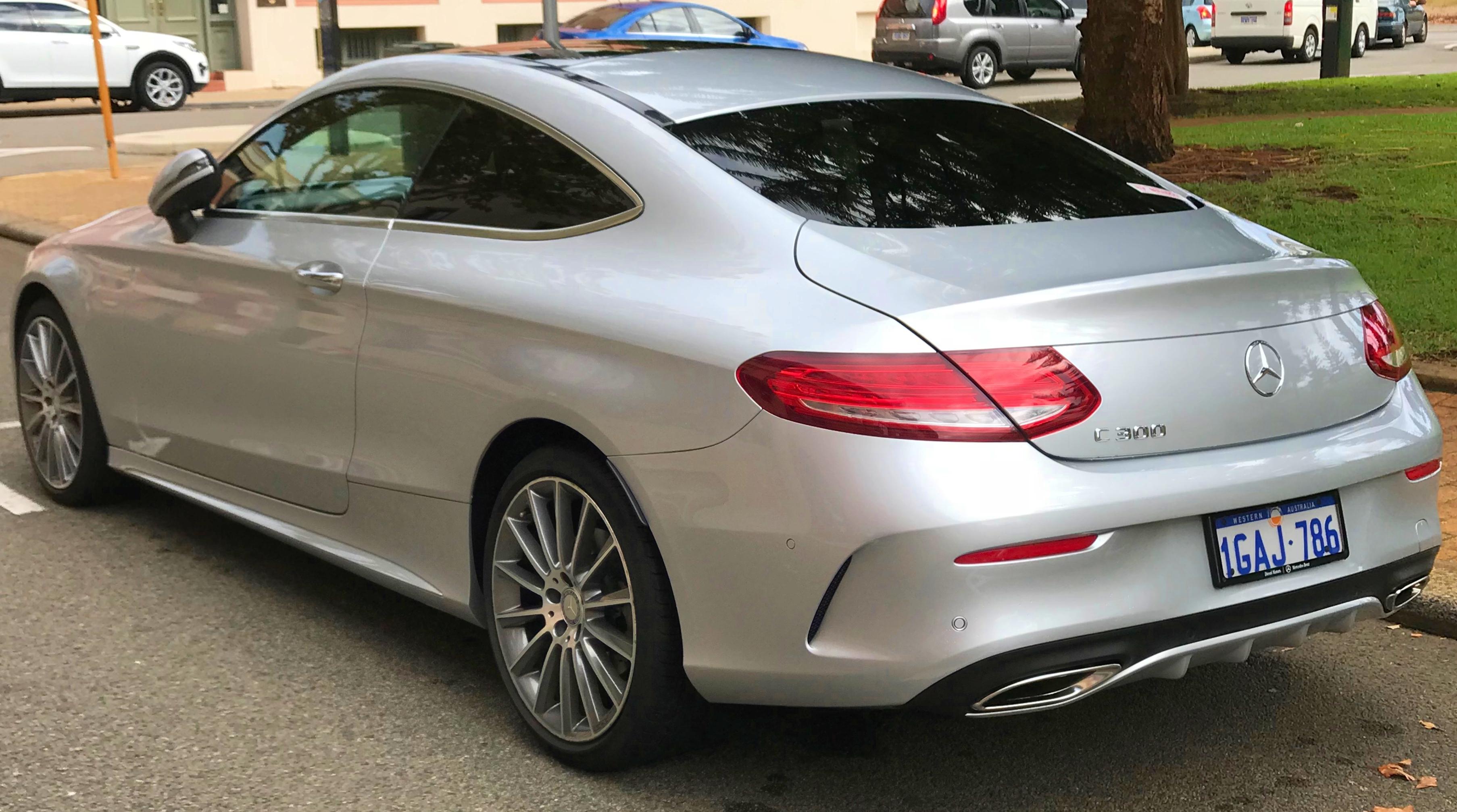 File 2016 Mercedes Benz C 300 C 205 Coupe 2018 04 17 02 Jpg
