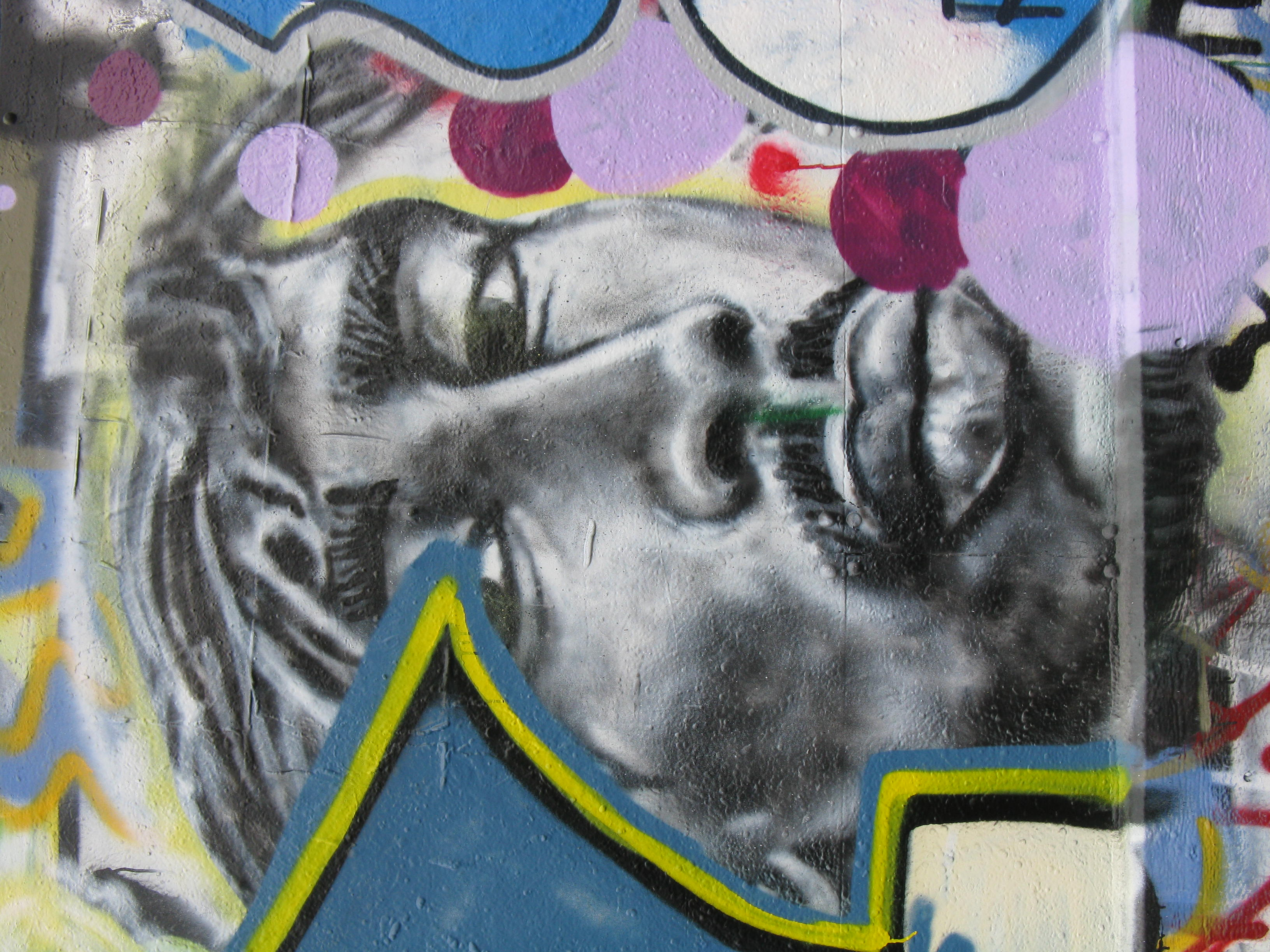 File2pac graffiti in seattle jpg