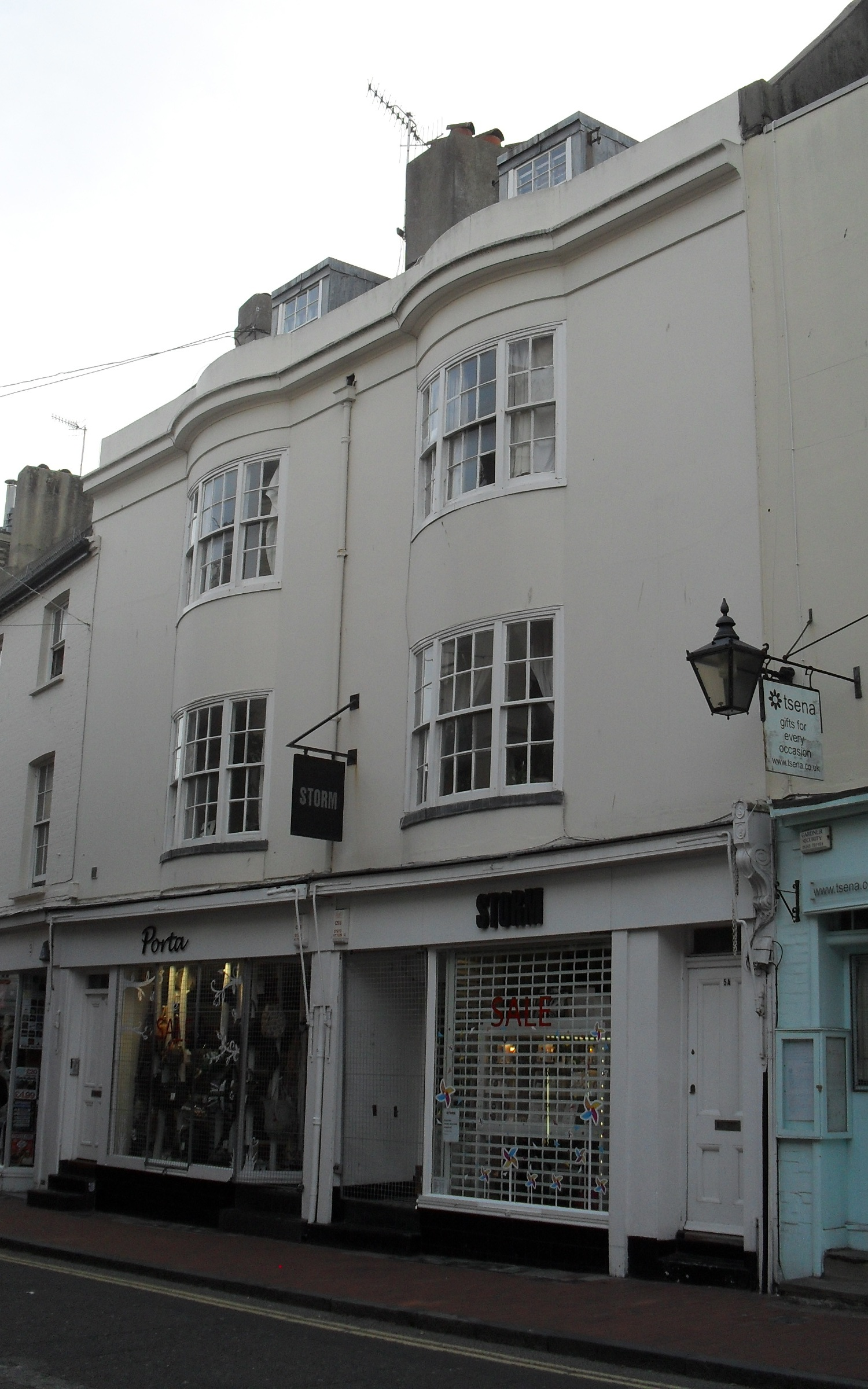 Bond Street Brighton Cake Shop