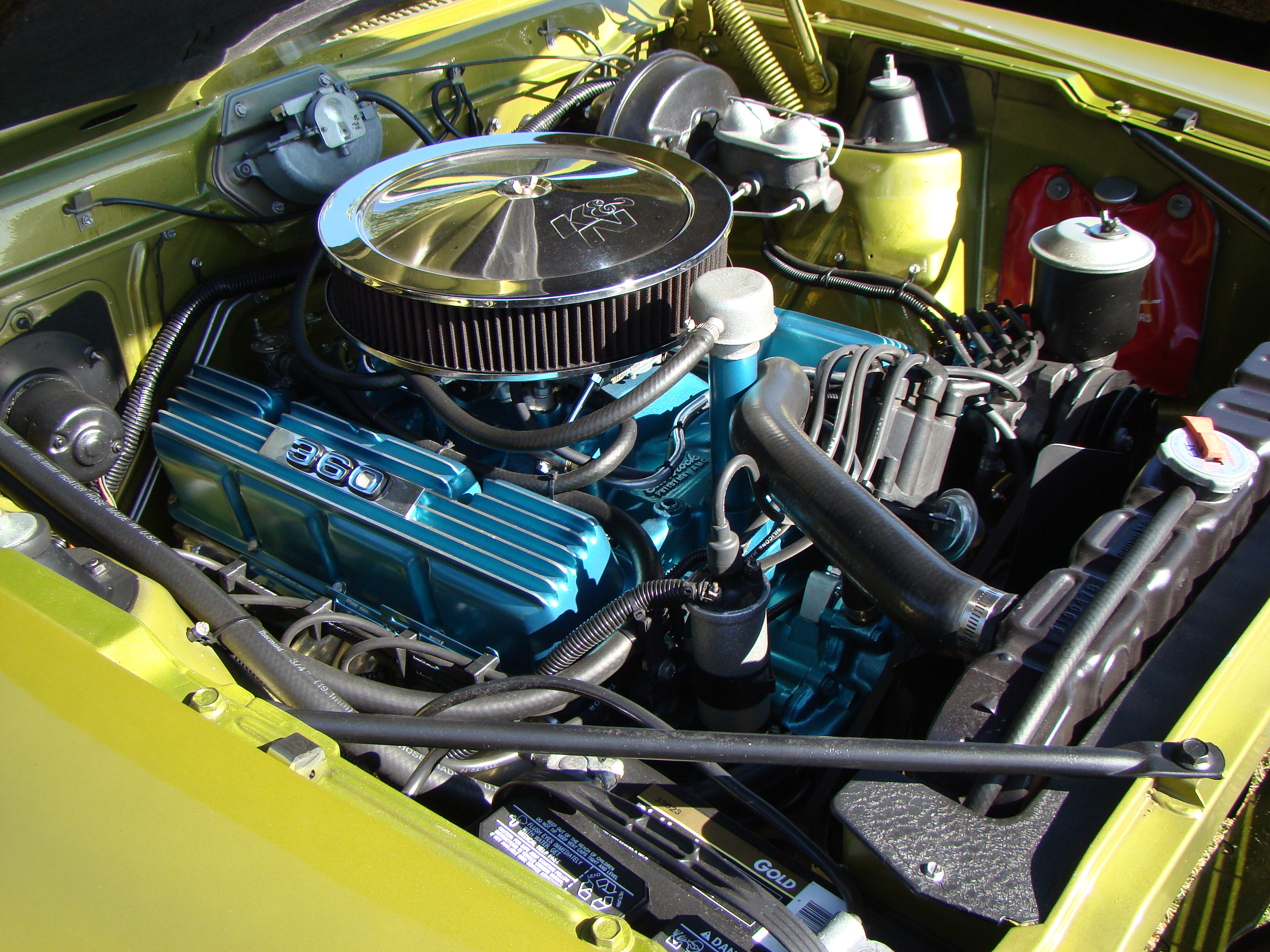 File:AMC V8 engine 360 CID customized um.JPG