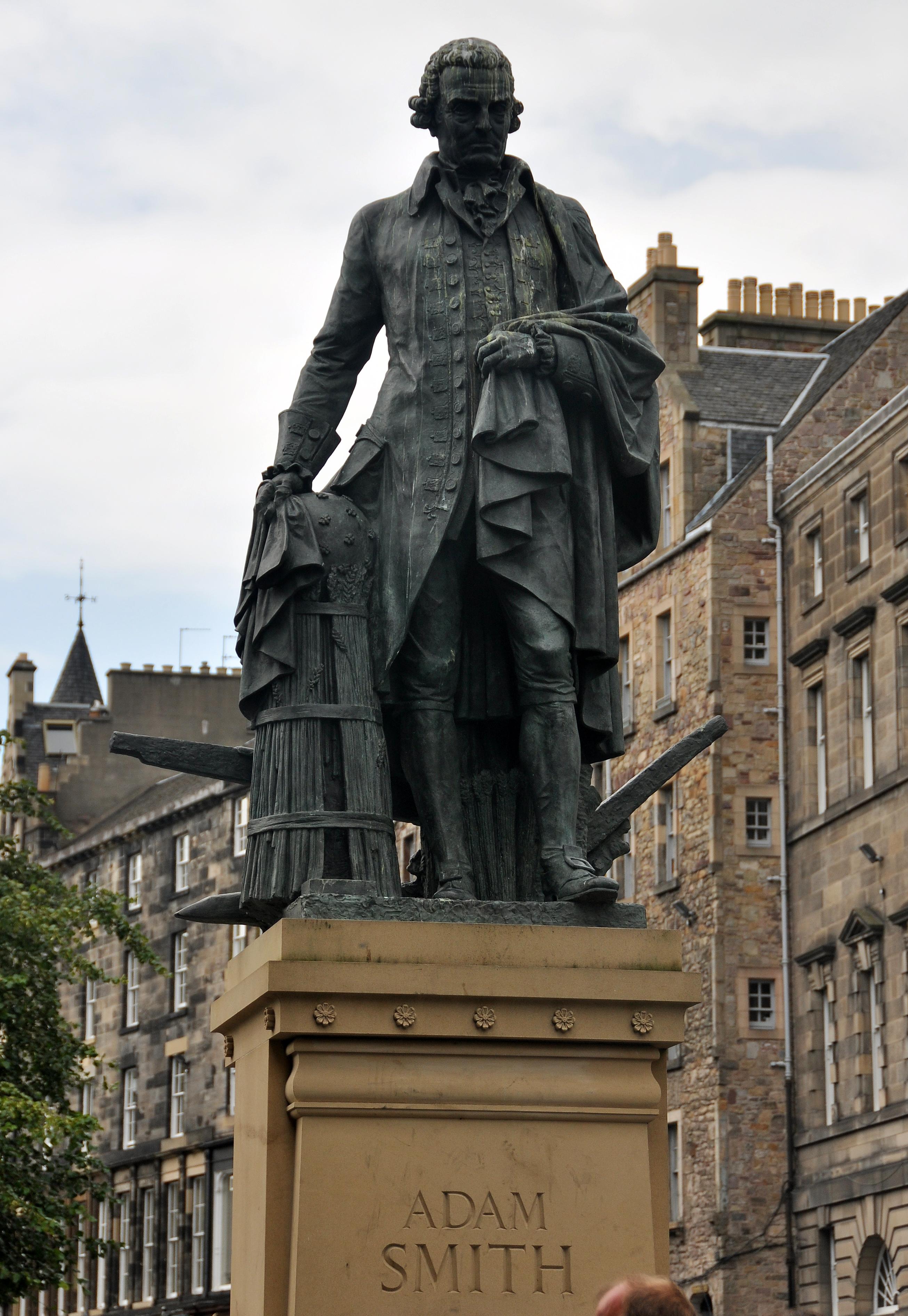 Adam Smith Statue C Edinburgh