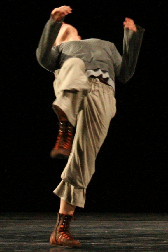 Httpsuploadwikimediaorgwikipediacommons - Contemporary dance