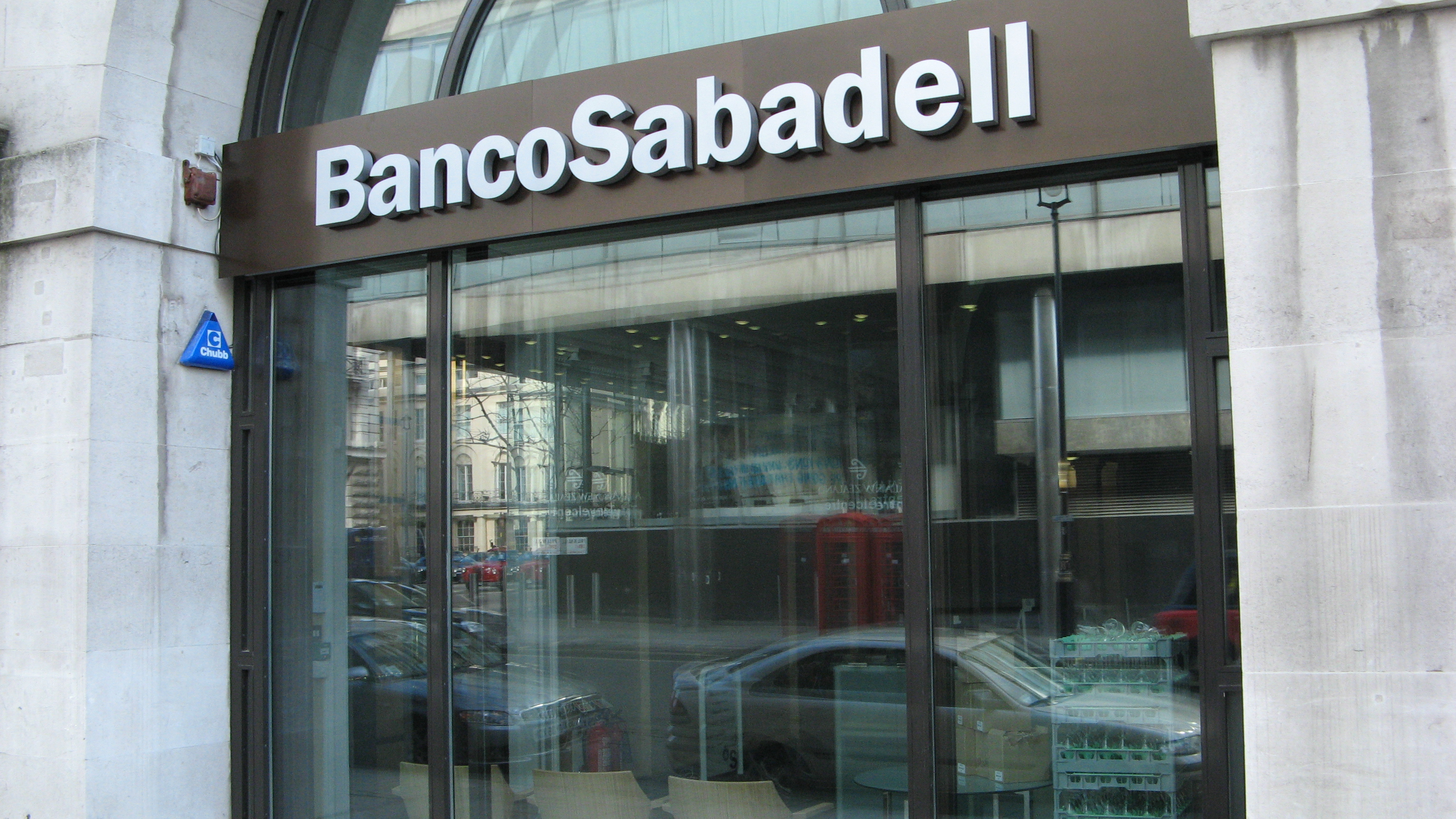 File banco sabadell wikimedia commons for Banc sabadell oficines sabadell