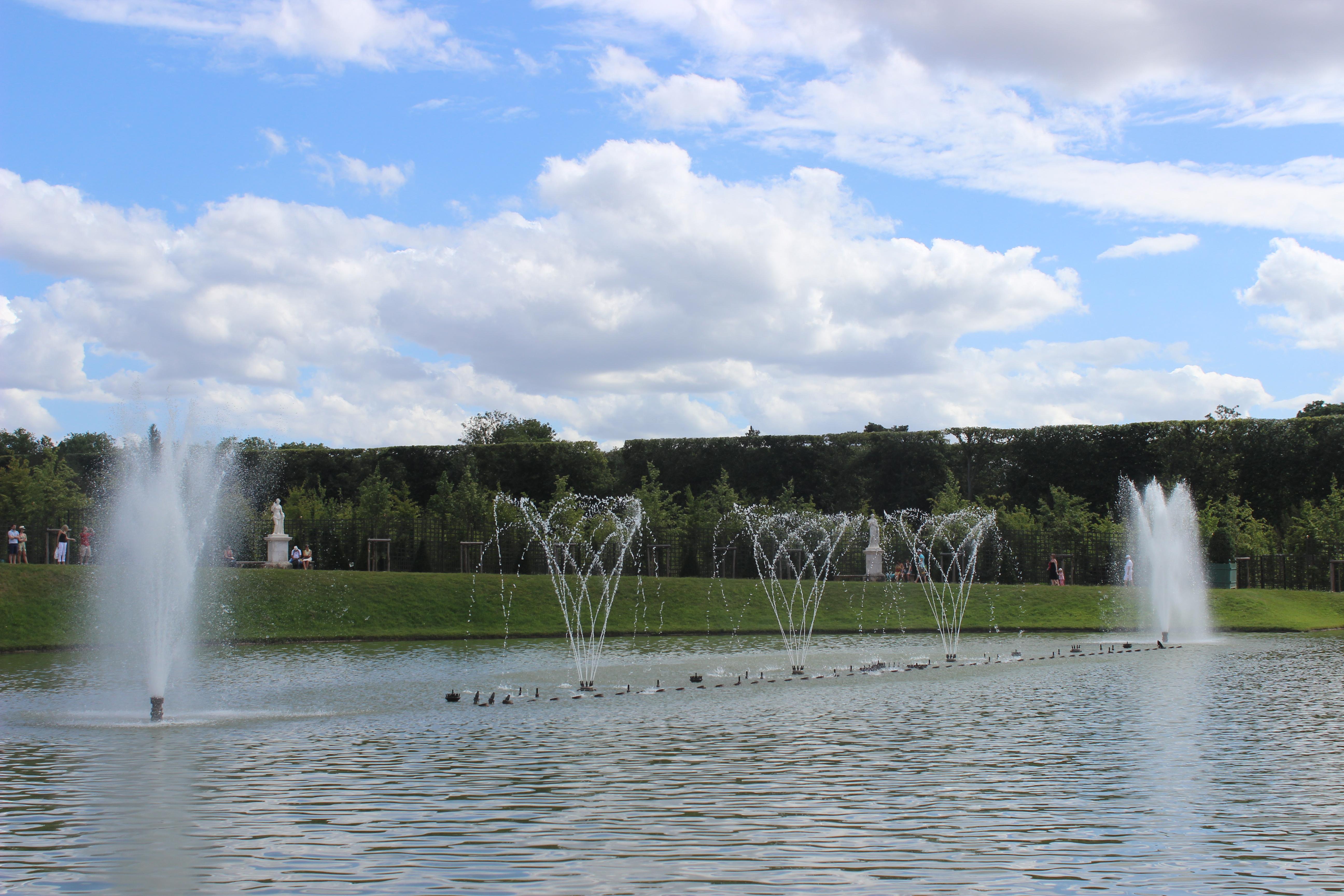 File bassin du miroir 2013 14 jpg wikimedia commons - Bassin effet miroir toulon ...