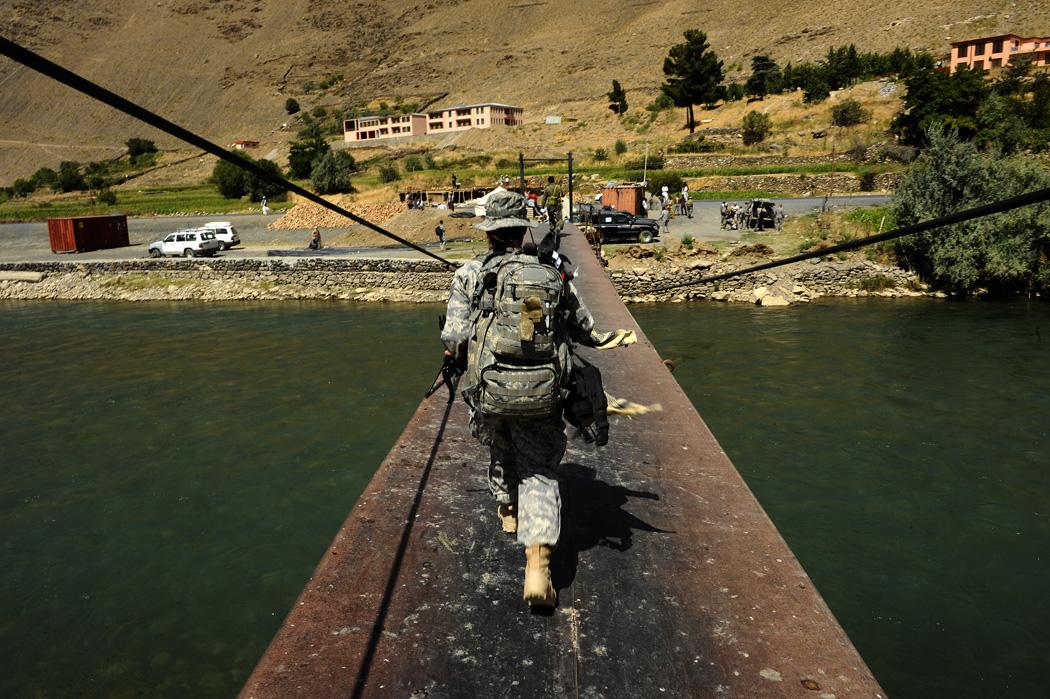 File:Bridge in Panjshir.jpg - Wikimedia Commons