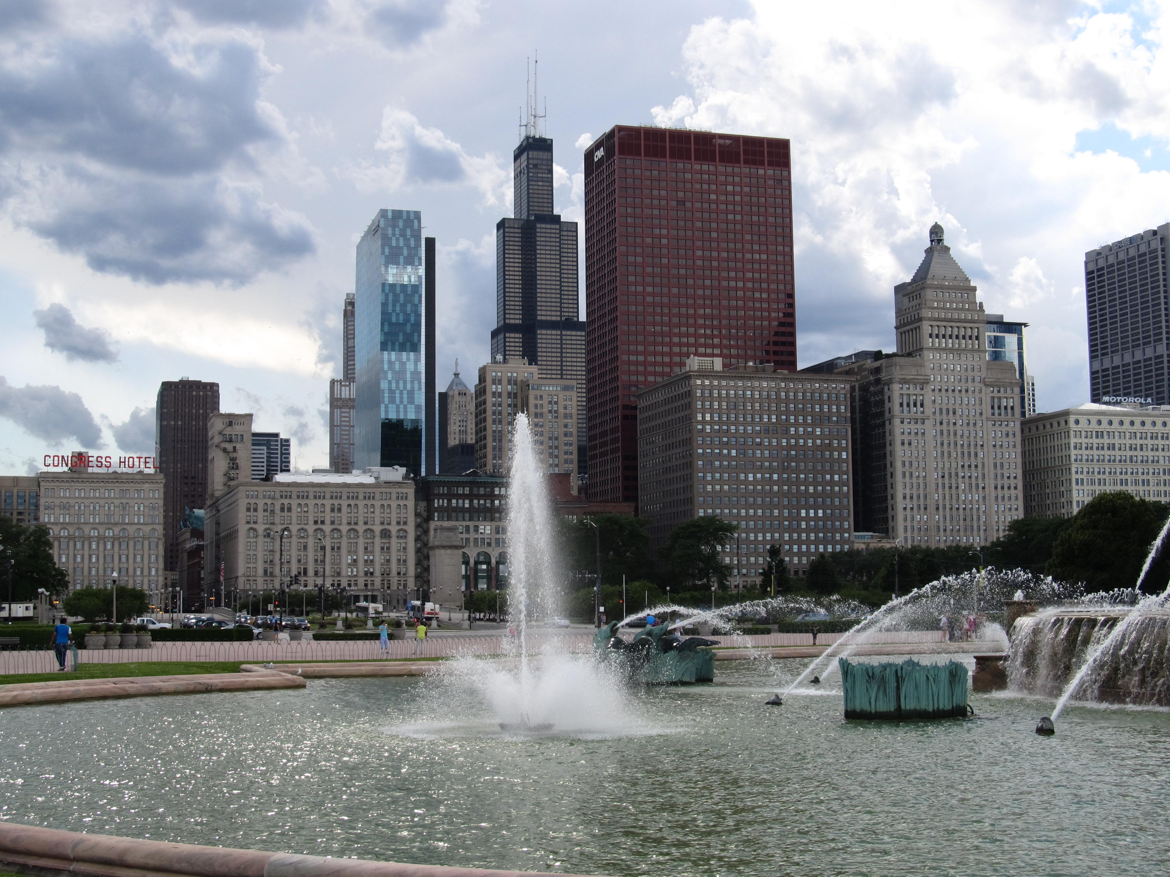 File:Buckingham Fountain, Grant Park, Chicago, Illinois (9181739434