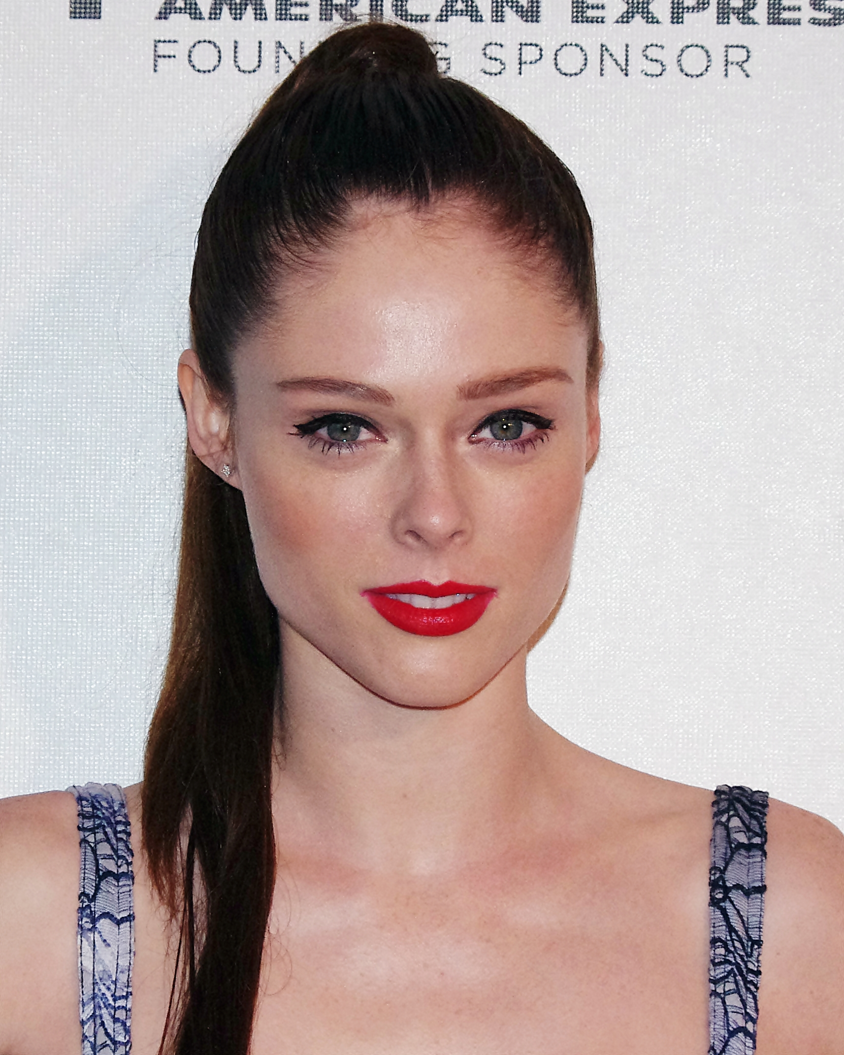 The 32-year old daughter of father Trevor Haines and mother(?) Coco Rocha in 2021 photo. Coco Rocha earned a  million dollar salary - leaving the net worth at 2 million in 2021