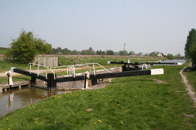 Crofton Lock No 60, Kennet and Avon Canal - geograph.org.uk - 419079