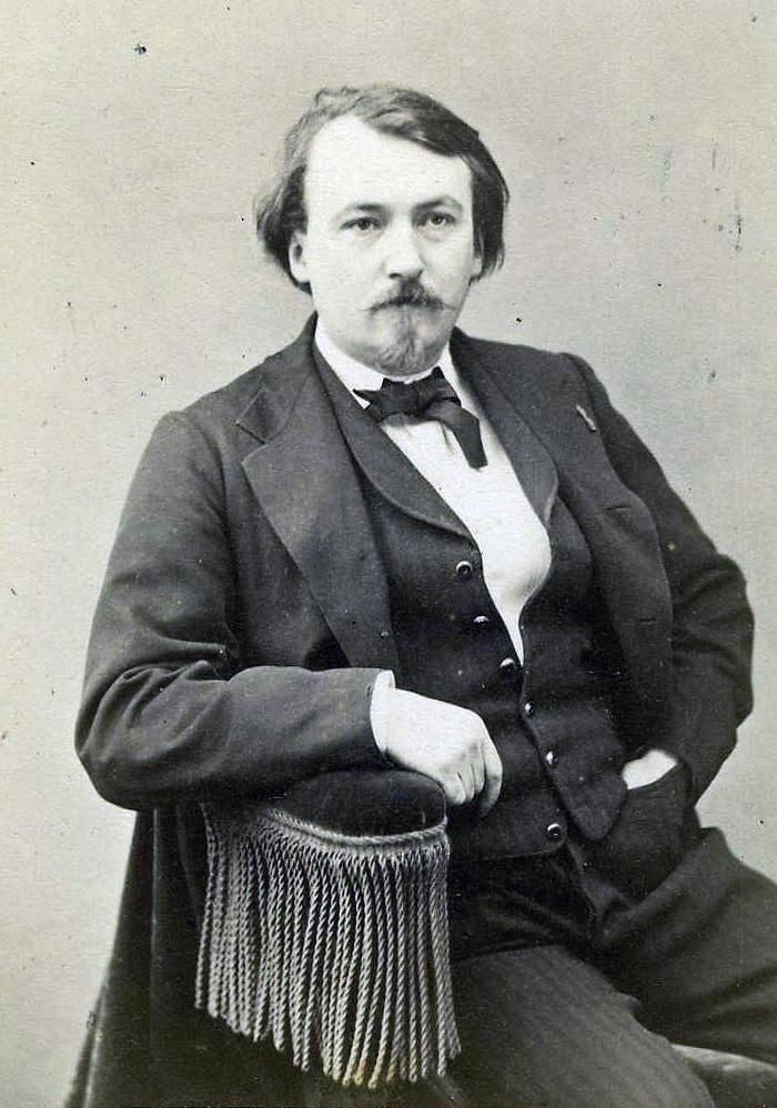 Photograph by [[Nadar (photographer)|Nadar]], 1867