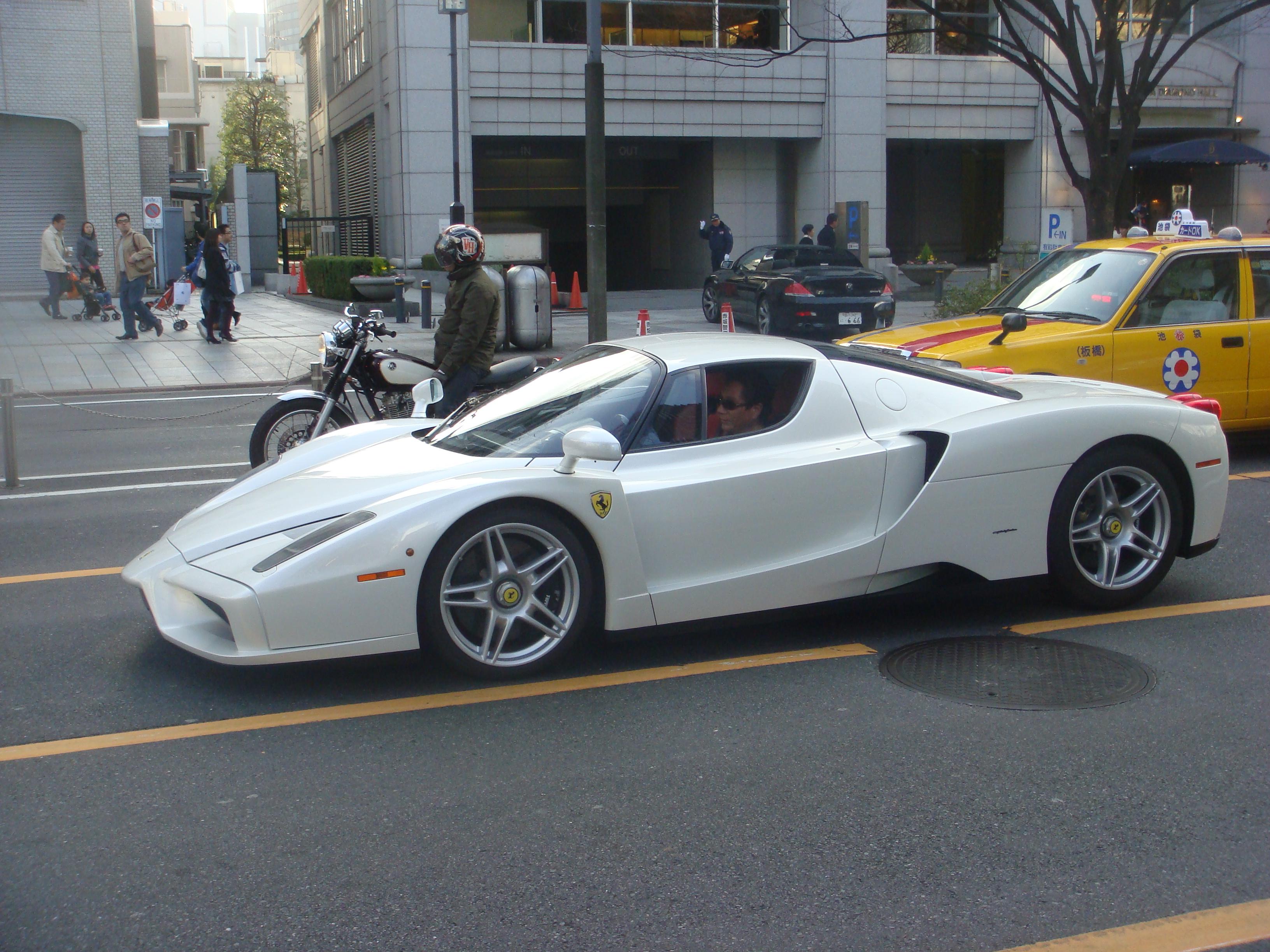 File Ferrari Enzo Omotesando Tokyo Japan Jpg Wikimedia Commons