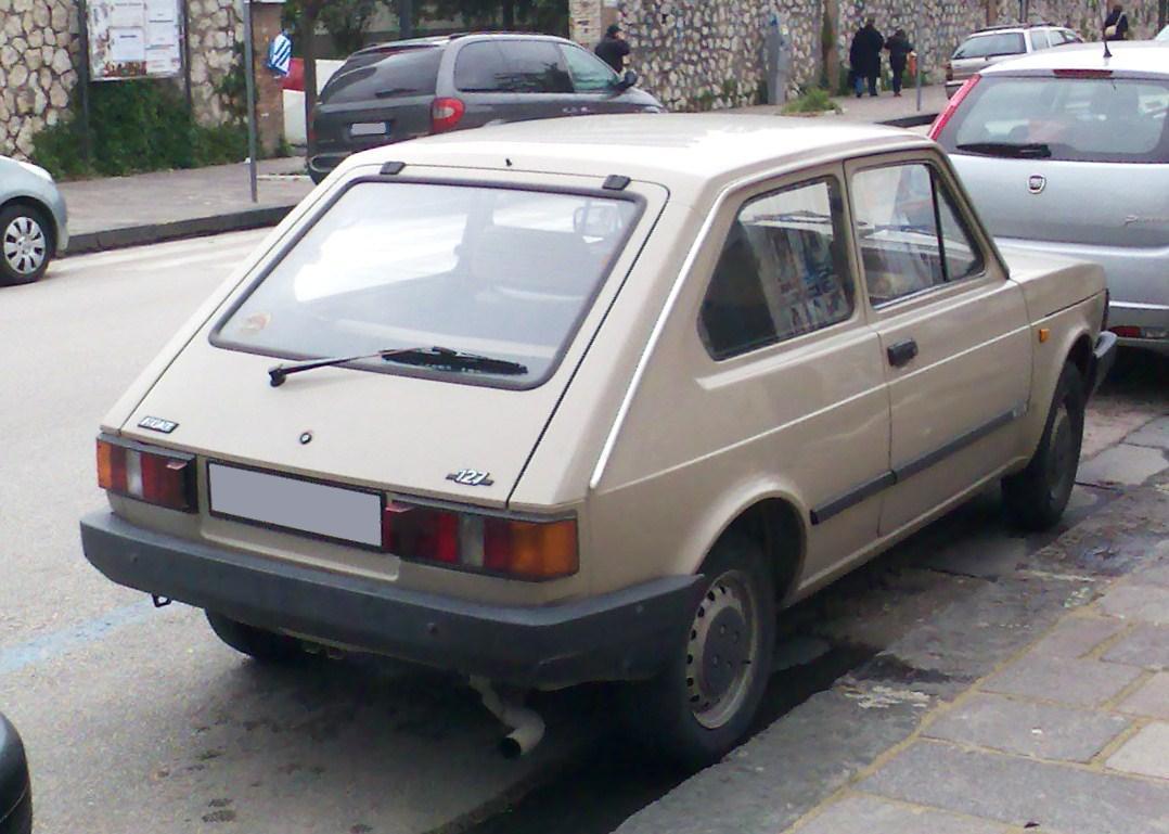 File:Fiat 127 third generation rear.jpg
