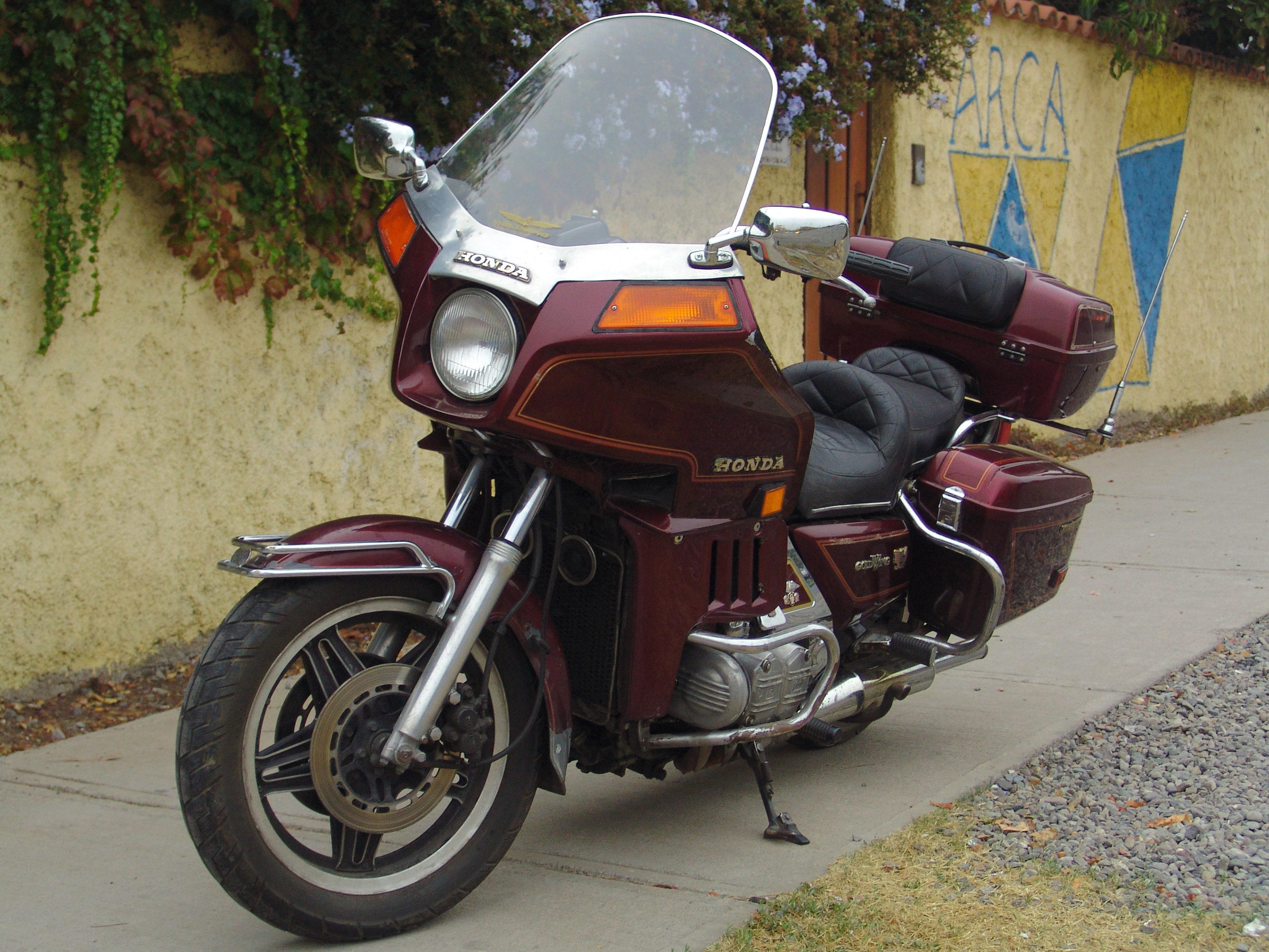 File Honda Goldwing Gl 1100 Interstate 14779830244 Jpg