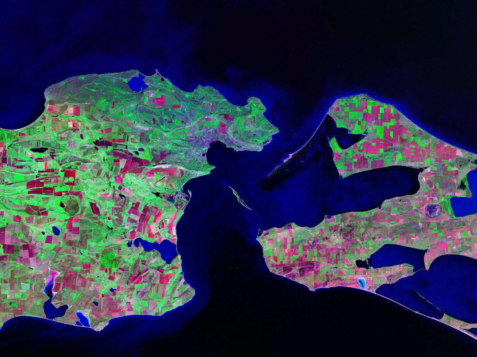 Остров Тузла, спорная территория