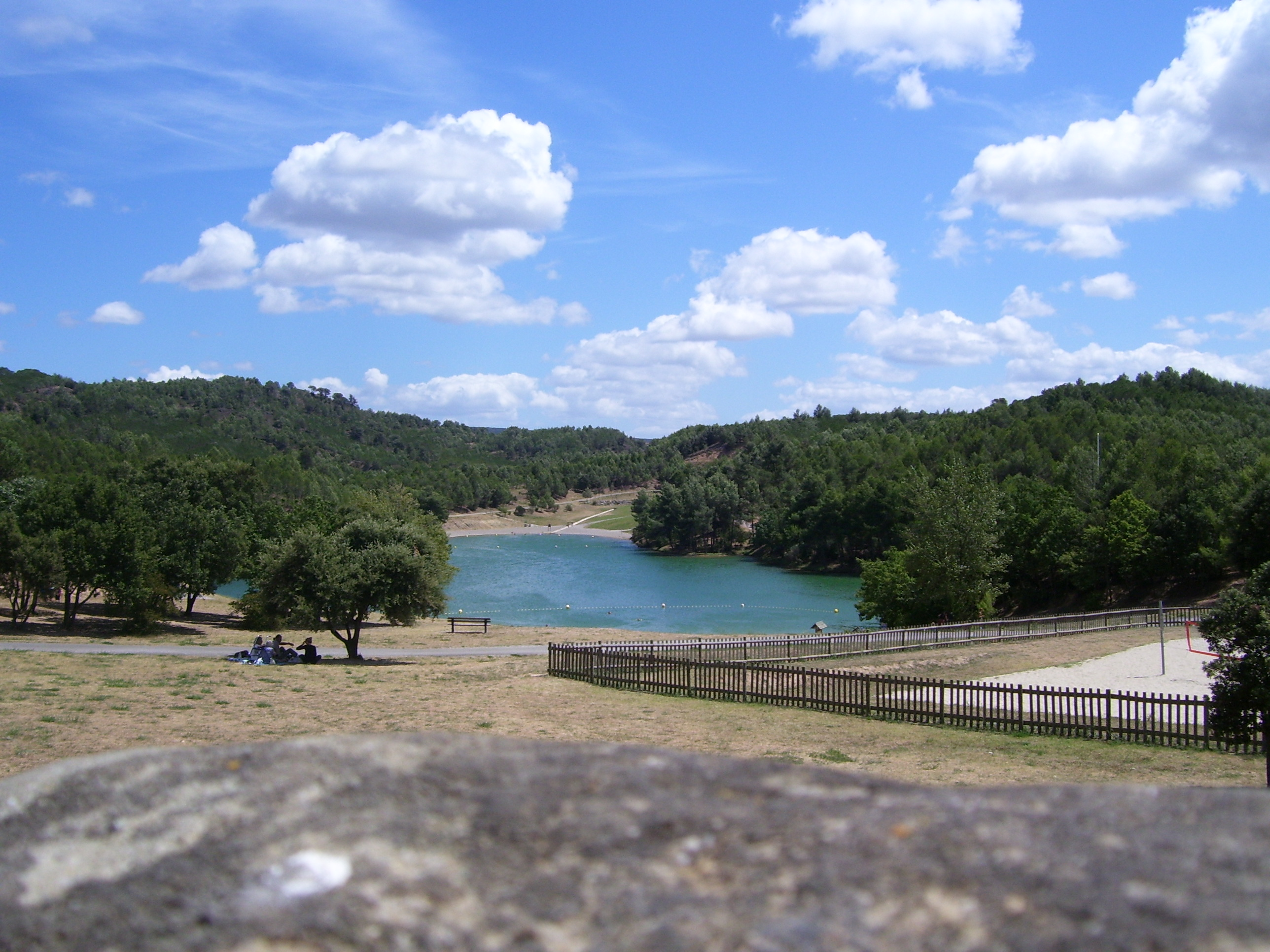 Image illustrative de l'article Lac de la Cavayère