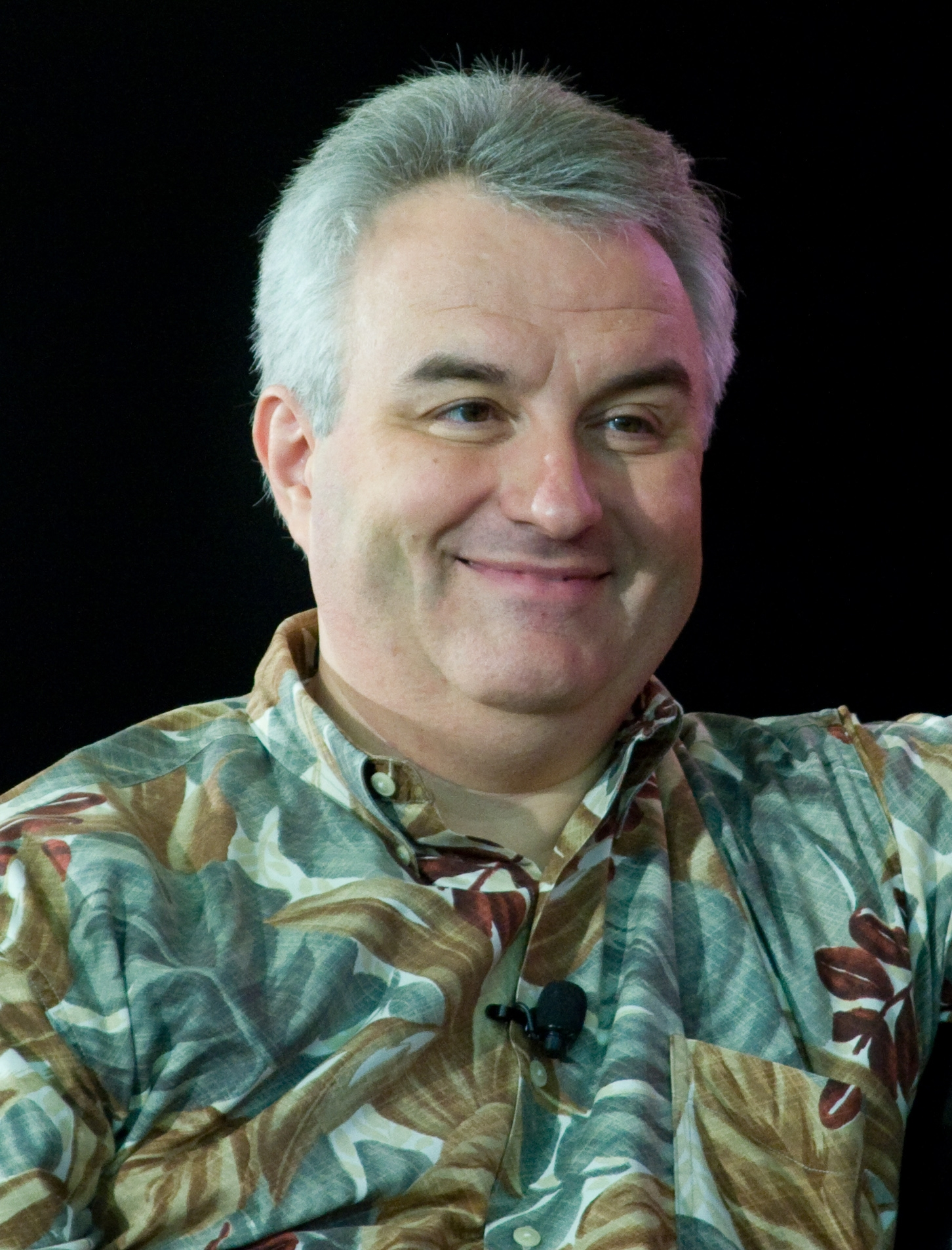 The 60-year old son of father (?) and mother(?), 170 cm tall Leo Laporte in 2017 photo