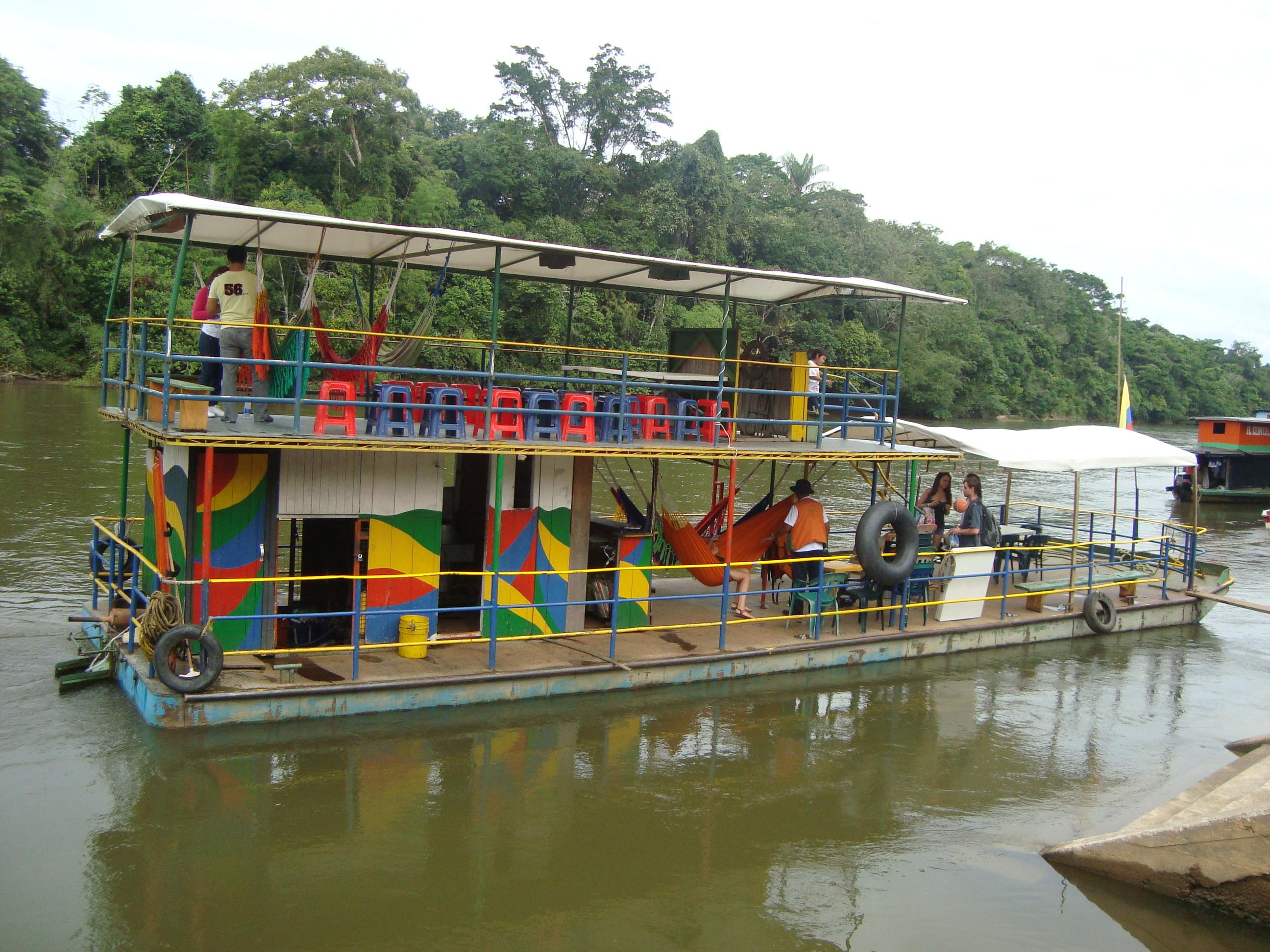 Archivo:Marco Polo Ferry.JPG - Wikipedia, la enciclopedia libre