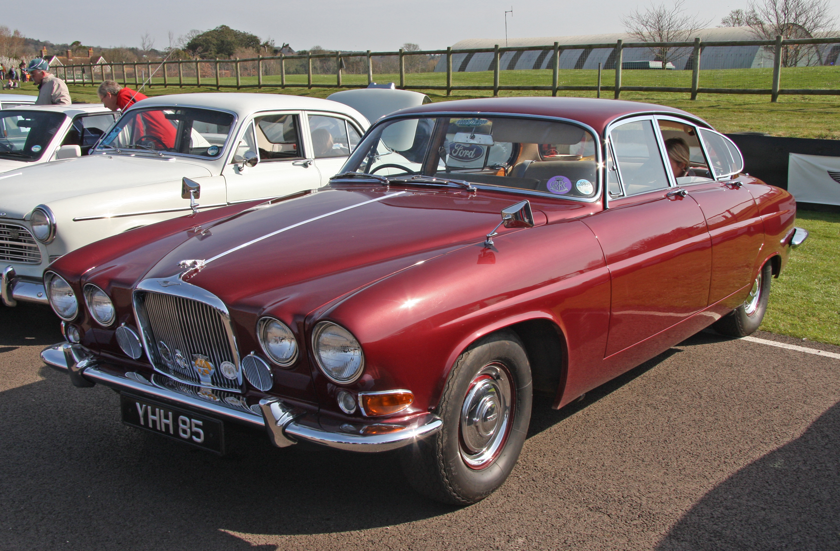 Jaguar Mark X - Wikipedia on