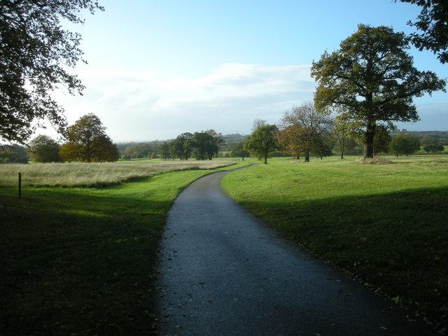 Offchurch Bury Park - geograph.org.uk - 1552654