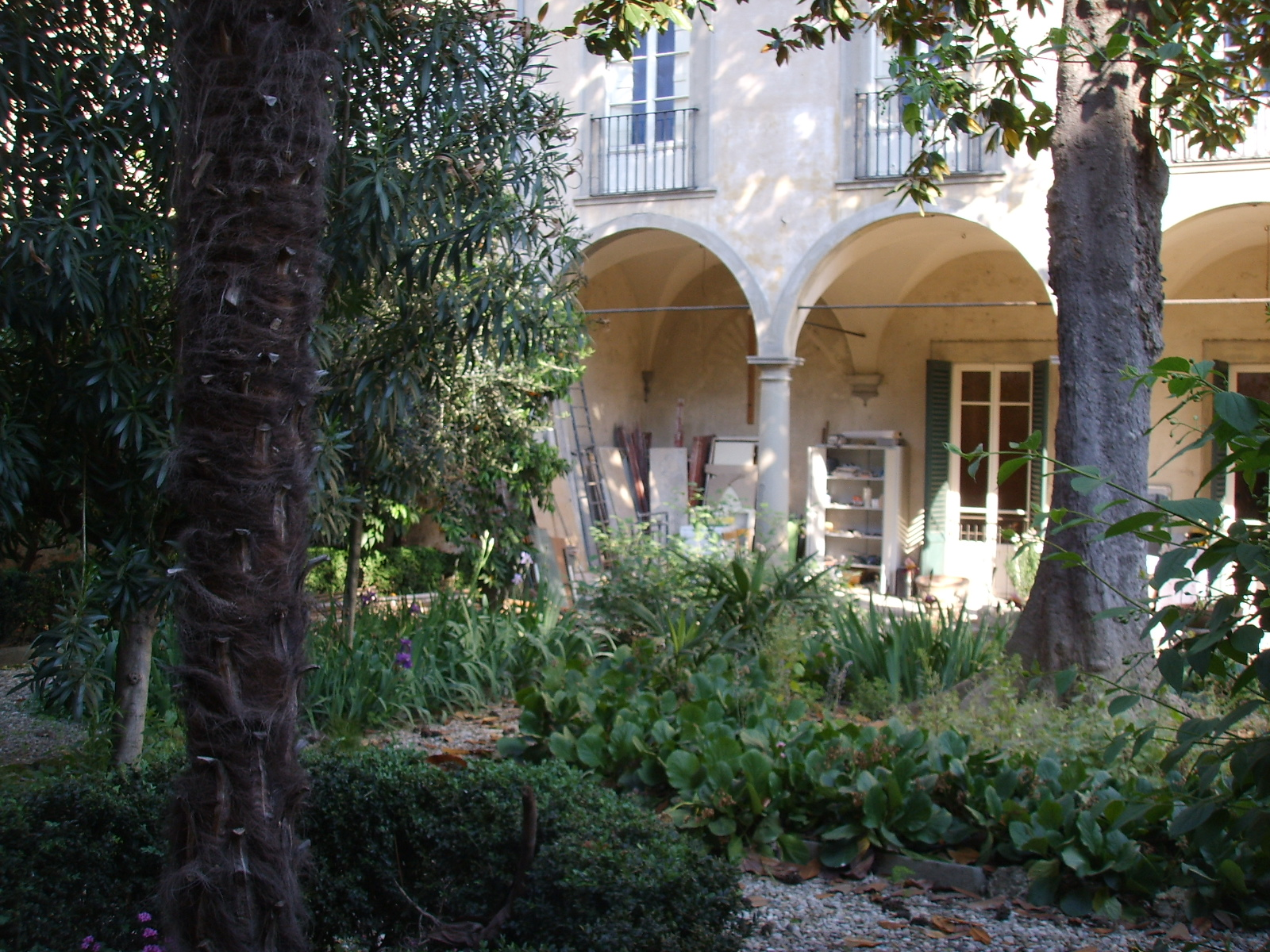 Palazzo_Roffia_giardino_03.JPG