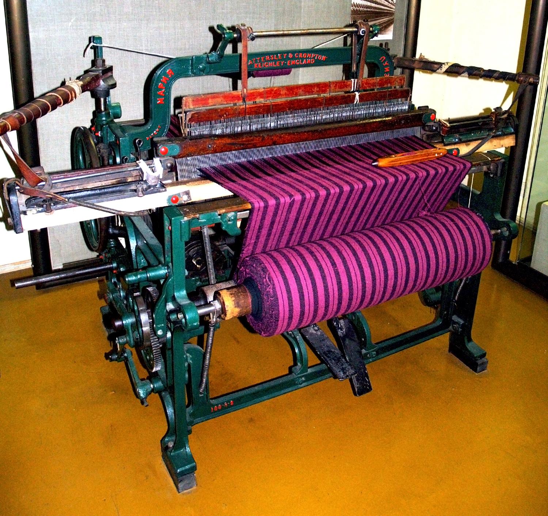 machine for weaving