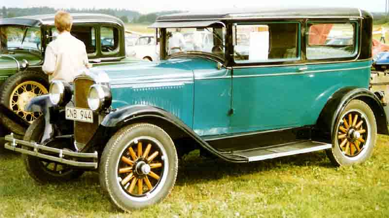 Pontiac automobilka wikipedie for 1928 chevy 2 door coupe