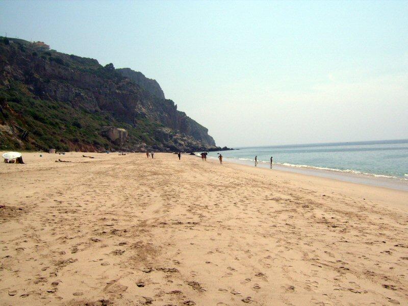 Image:Praia da Califórnia (Sesimbra) 3.JPG