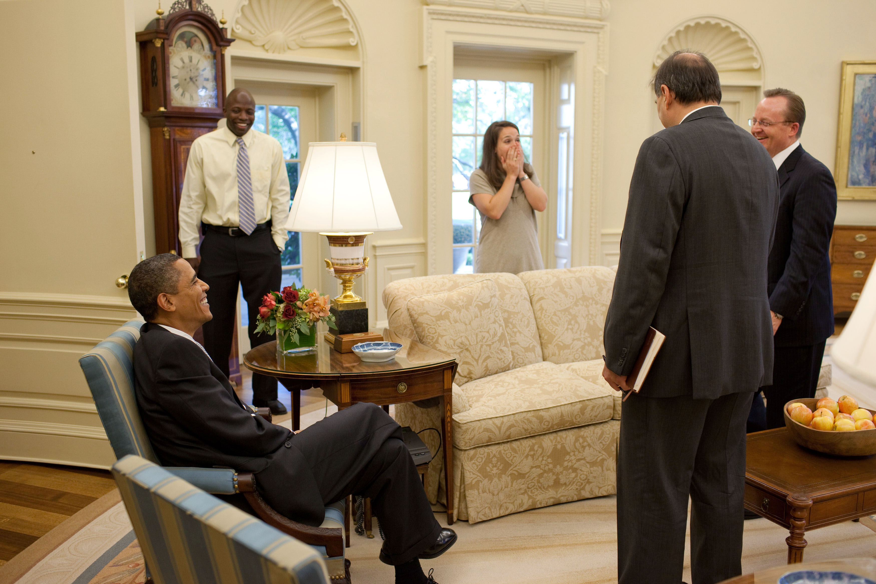 File president barack obama shares a laugh with personal - Johnson and johnson office locations ...