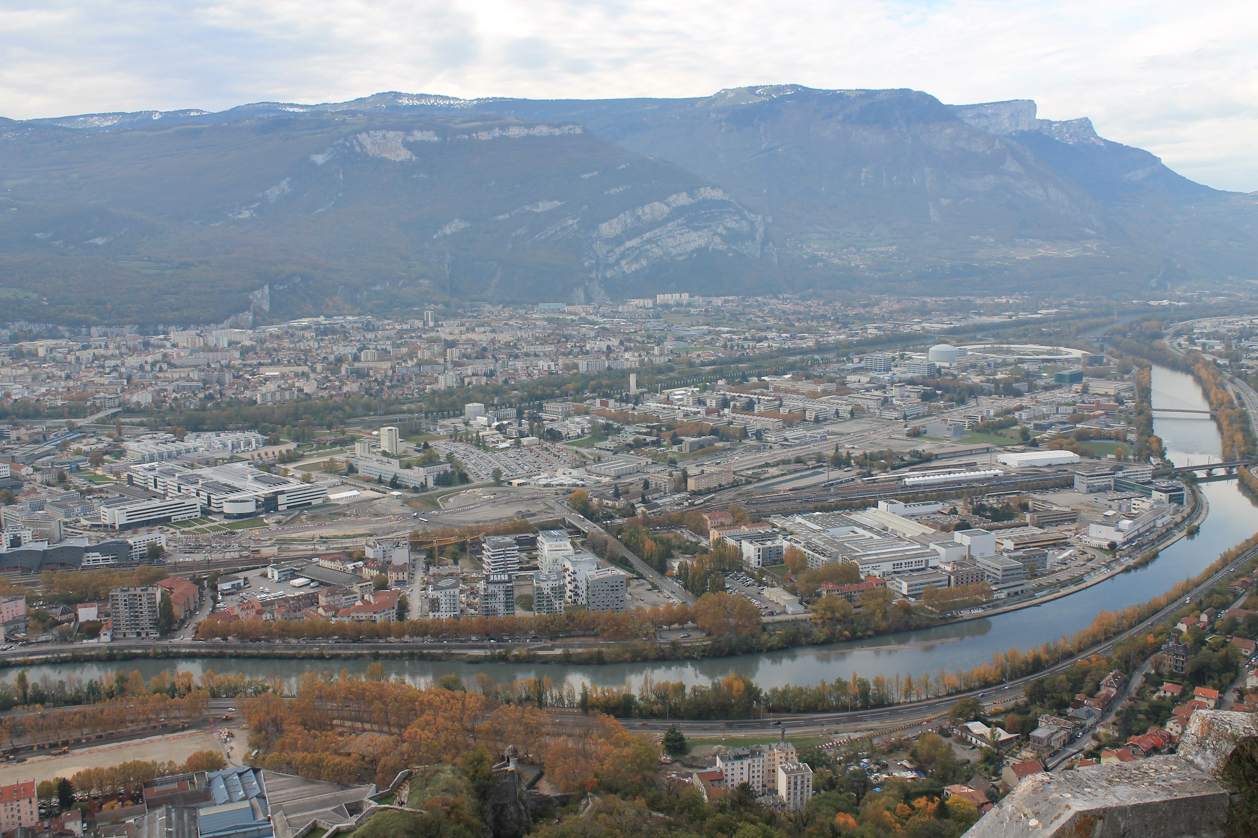 File:Presqu'île Grenoble.JPG - Wikimedia Commons