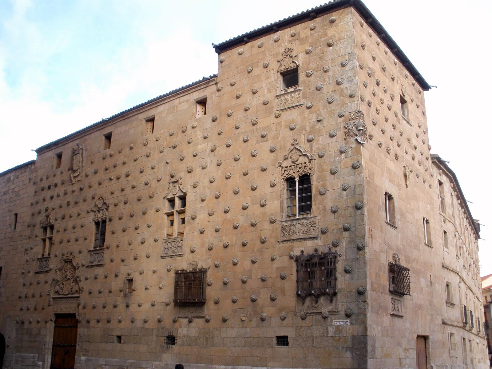 Casa de las conchas wikipedia - Casas con estilo ...