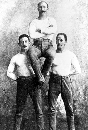 The German individual gymnastics champions: Schuhmann, Flatow, and Weingärtner.