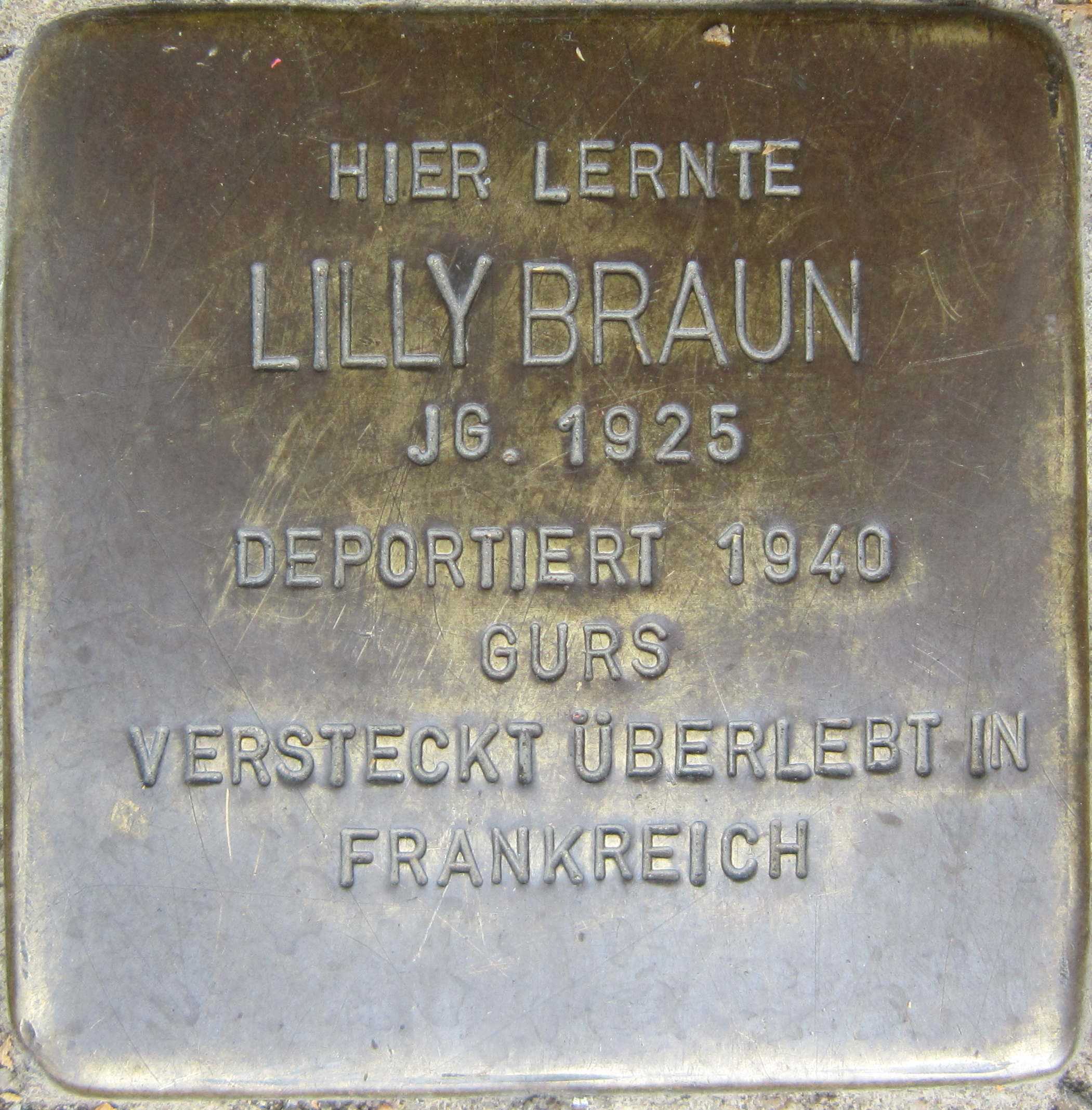 https://upload.wikimedia.org/wikipedia/commons/6/6a/Stolperstein_Pforzheim_Braun_Lilly.jpeg