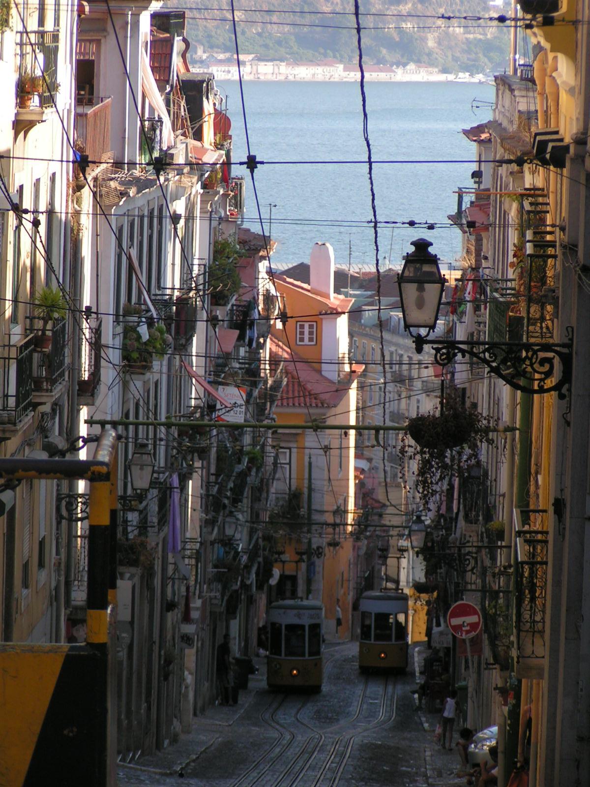 filestra223enbahn lissabon portugaljpg wikimedia commons