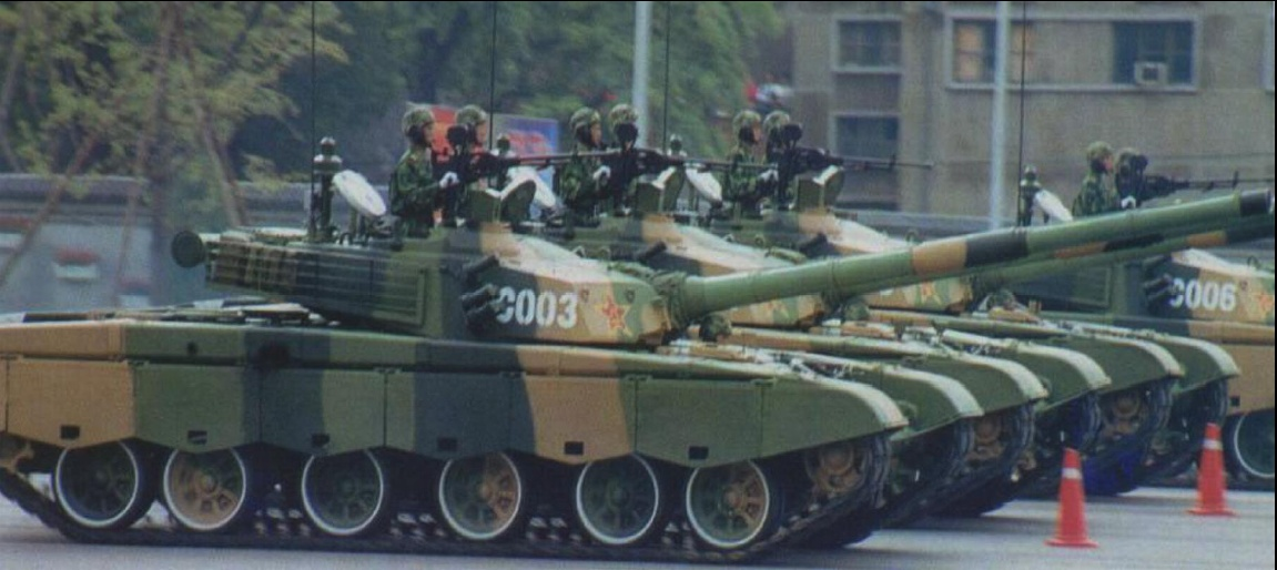 Кинески тенк Тип-98 (Type-98) Type_98_tanks_on_parade