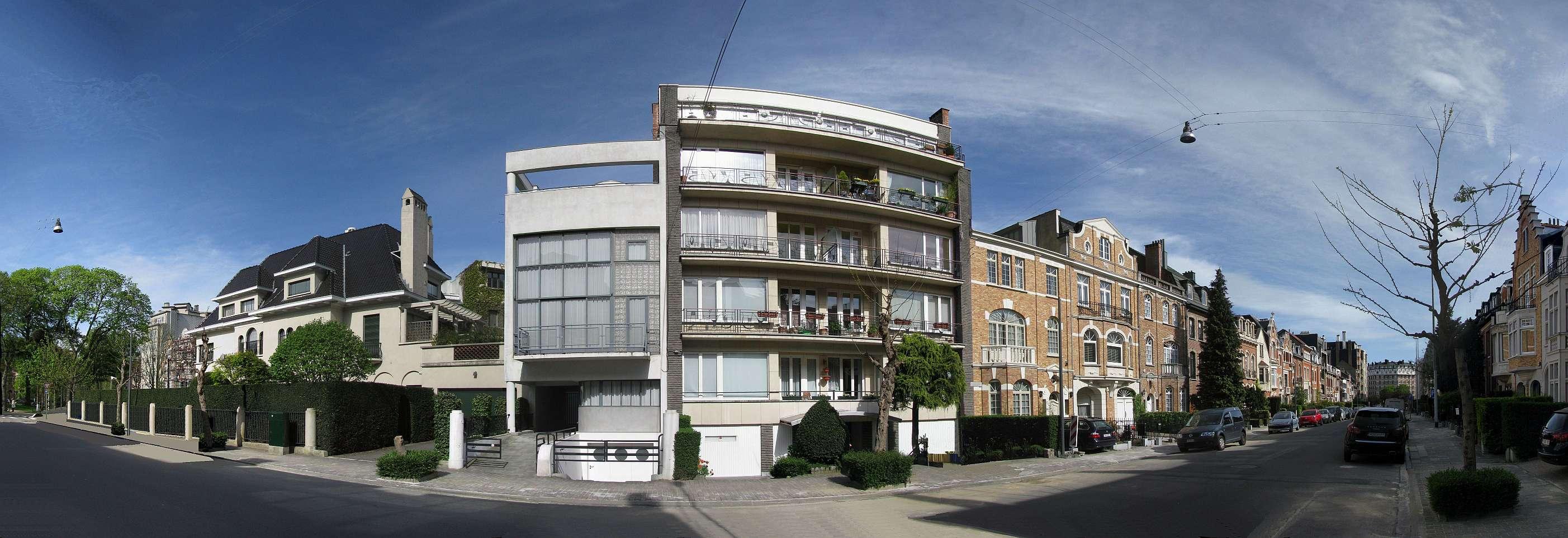 File uccle ixelles rue jules lejeune le 69 est la maison de verre cot de la vaste villa - Le verre maison ...
