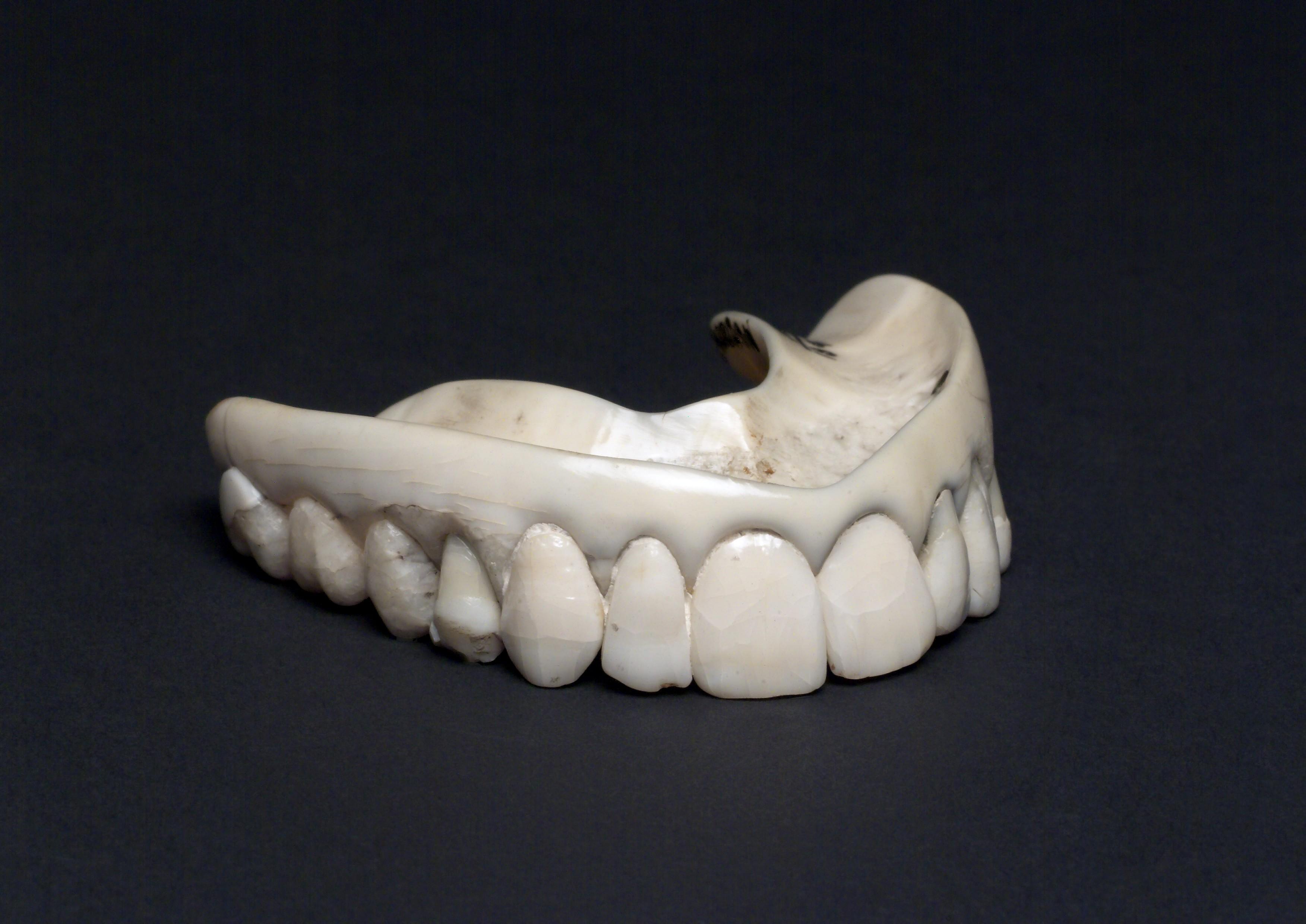 Fileupper Ivory Denture With Human Teeth England 1801 1860